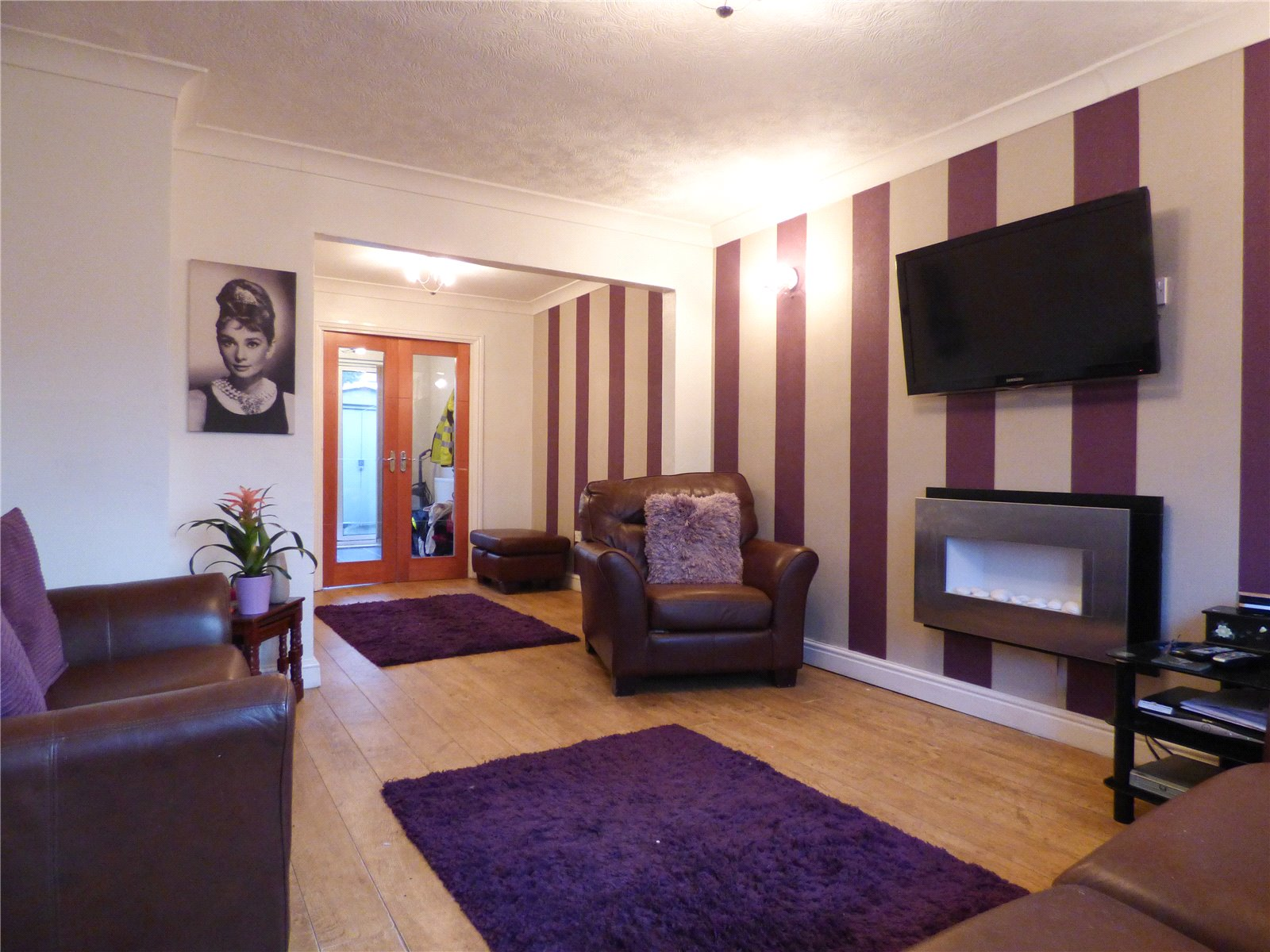 3 Bedrooms Terraced House for sale in King Street, Mossley, Ashton-under-Lyne, Greater Manchester, OL5
