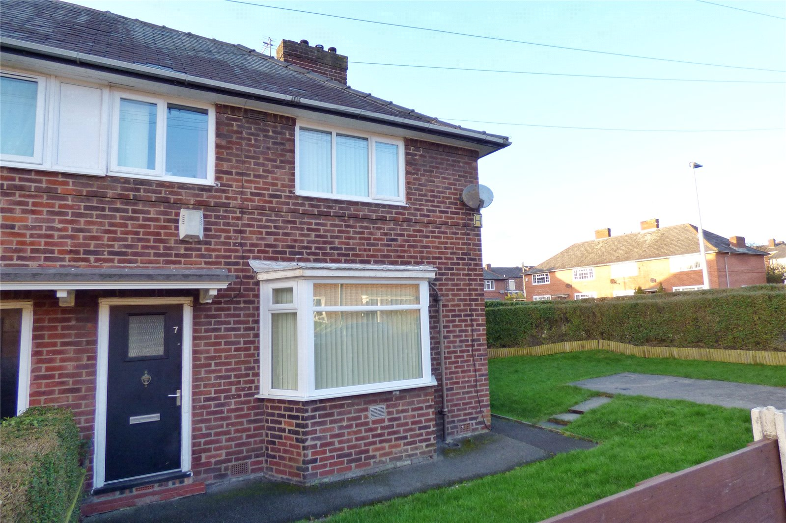 3 Bedrooms End Of Terrace House for sale in Bordale Avenue, Moston, Manchester, M9