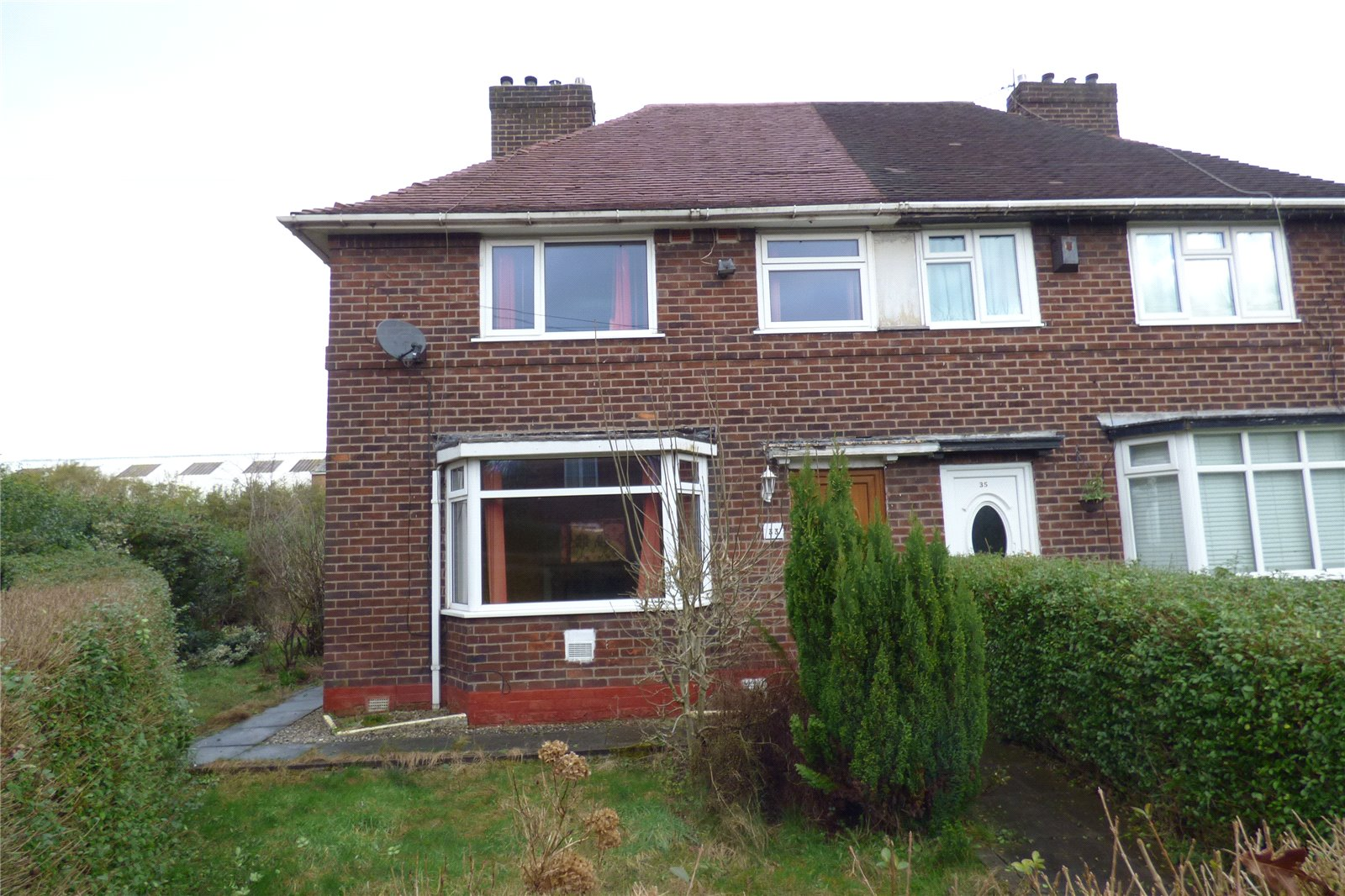 3 Bedrooms Semi Detached House for sale in Clough Road, Moston, Manchester, M9