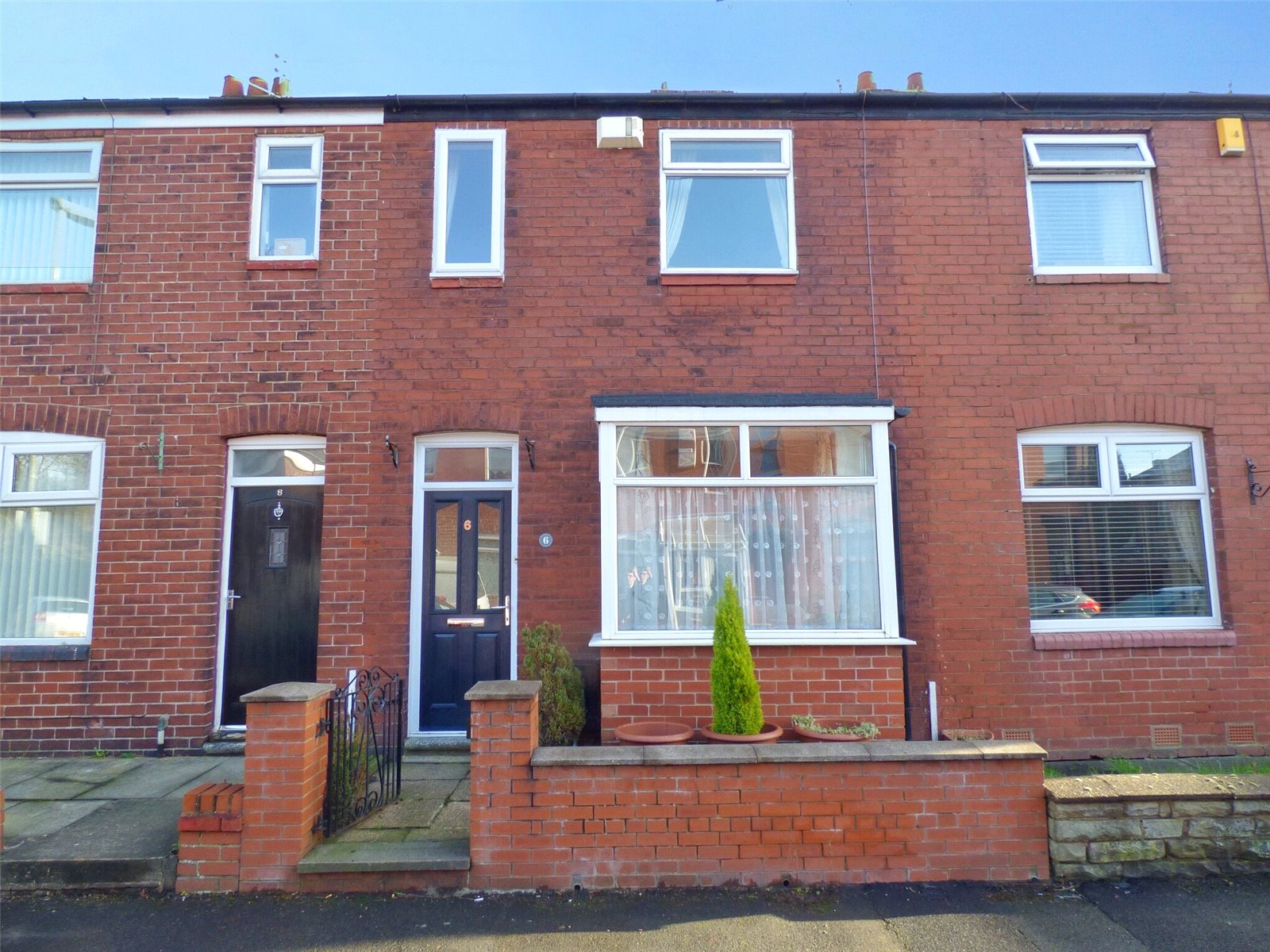 2 Bedrooms Terraced House for sale in Grimshaw Street, Failsworth, Manchester, M35