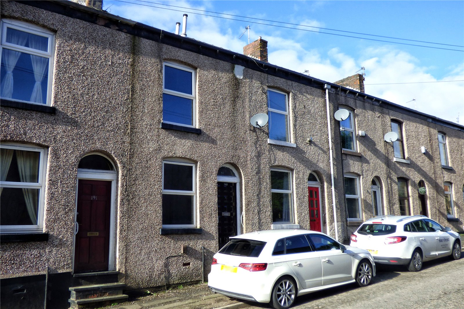 2 Bedrooms Terraced House for sale in Heights Lane, Rochdale, Greater Manchester, OL12