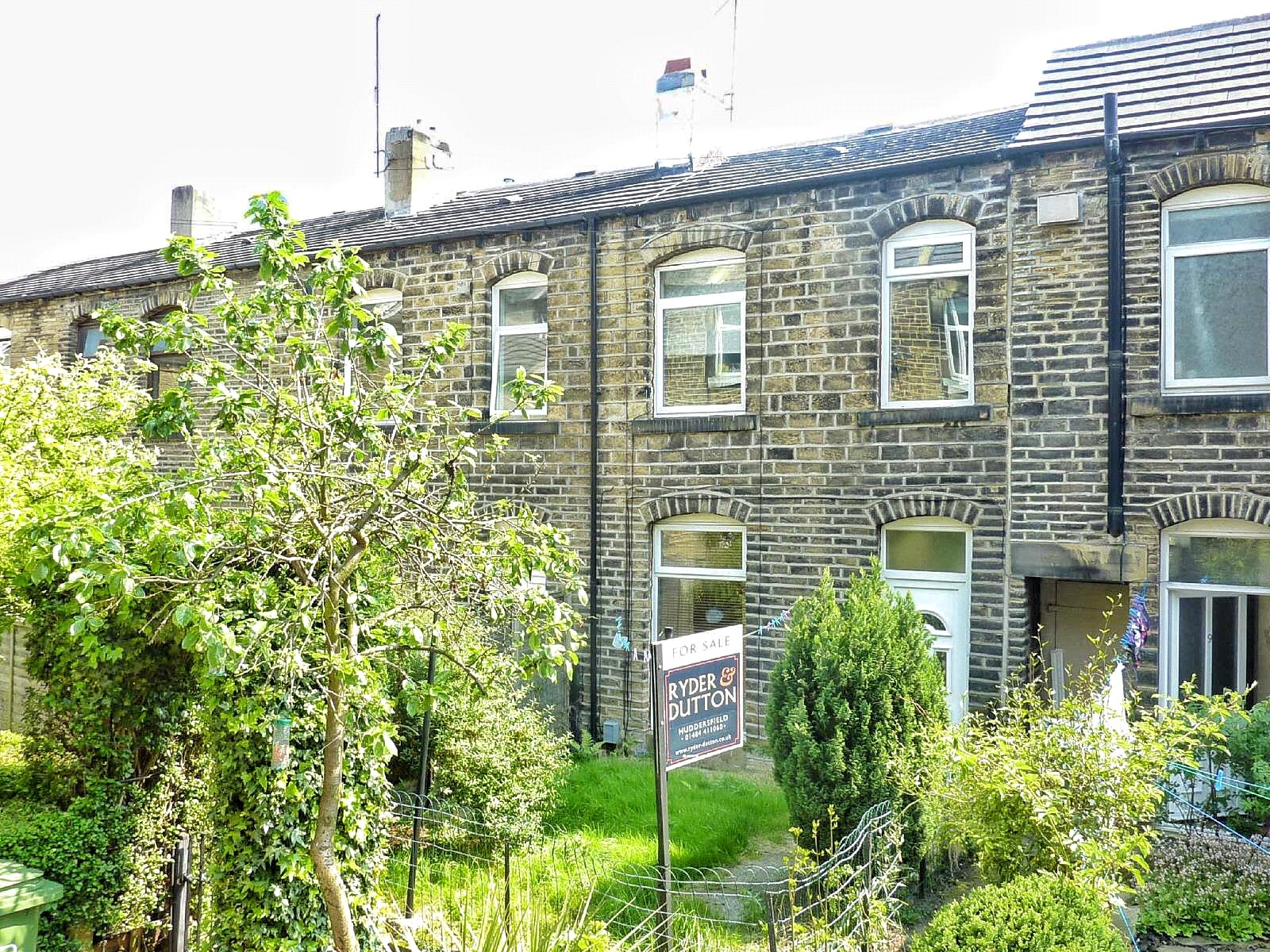 2 Bedrooms Terraced House for sale in The Avenue, Moldgreen, Huddersfield, West Yorkshire, HD5