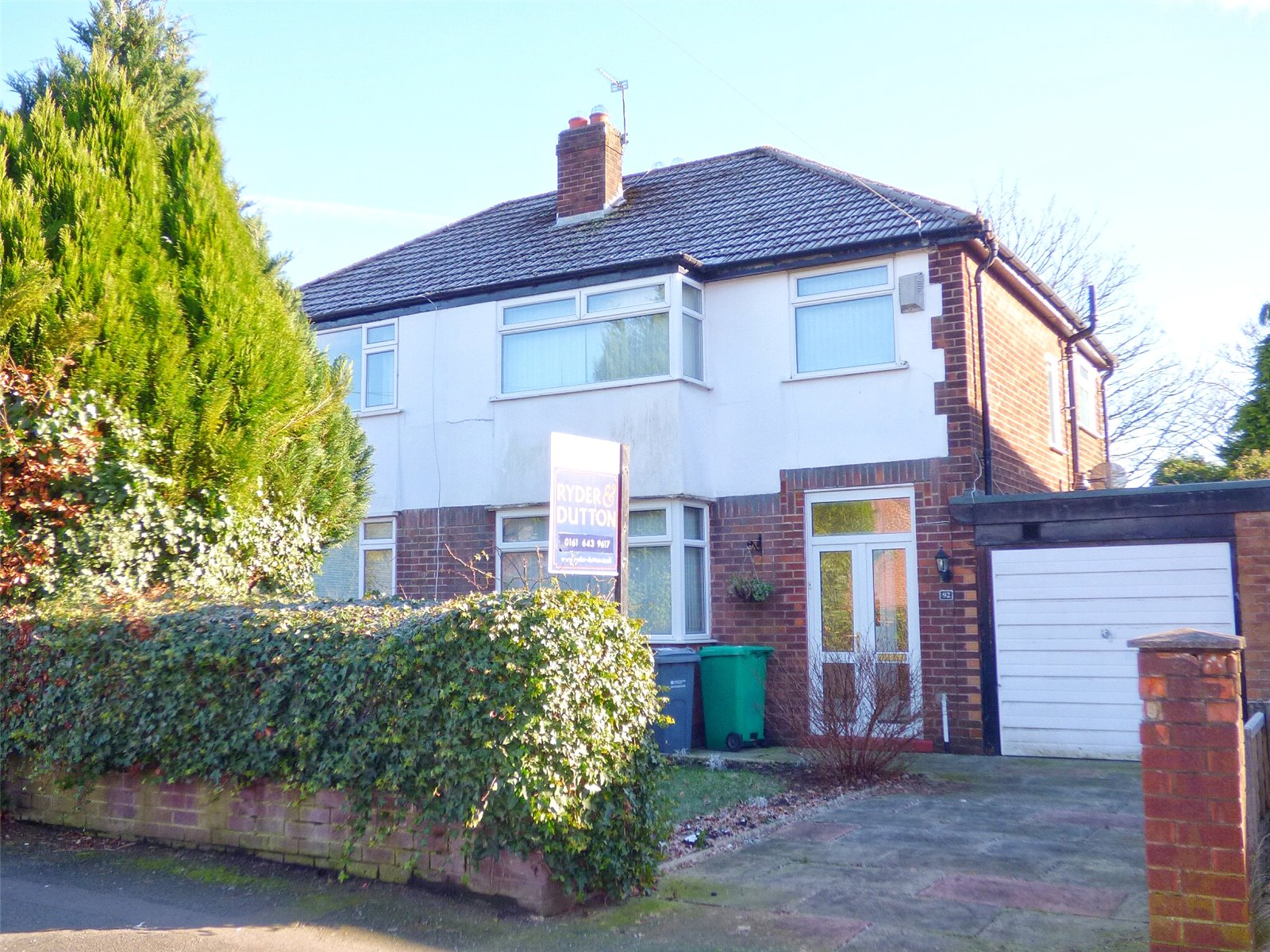 3 Bedrooms Semi Detached House for sale in Hill Lane, Blackley, Manchester, M9