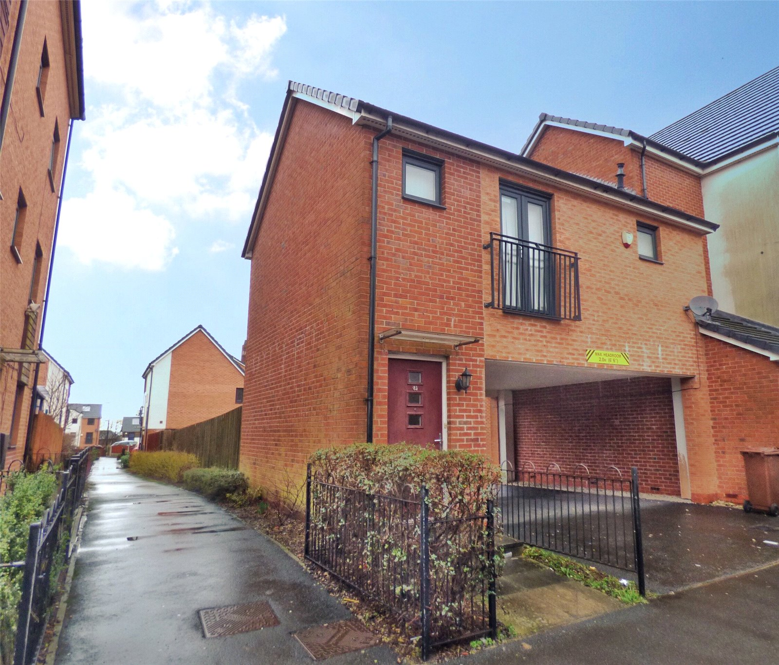 1 Bedroom Apartment Flat for sale in Fields New Road, Chadderton, Oldham, Lancashire, OL9