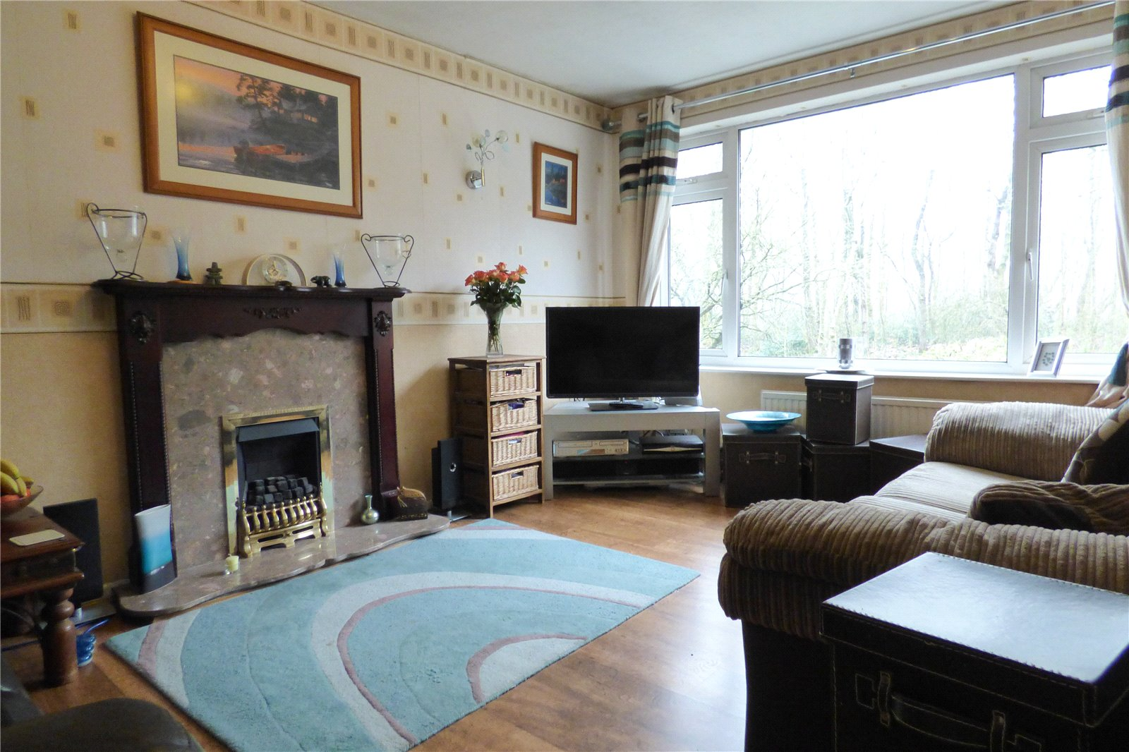 3 Bedrooms Semi Detached House for sale in Station Road, Mossley, Ashton-under-Lyne, Greater Manchester, OL5