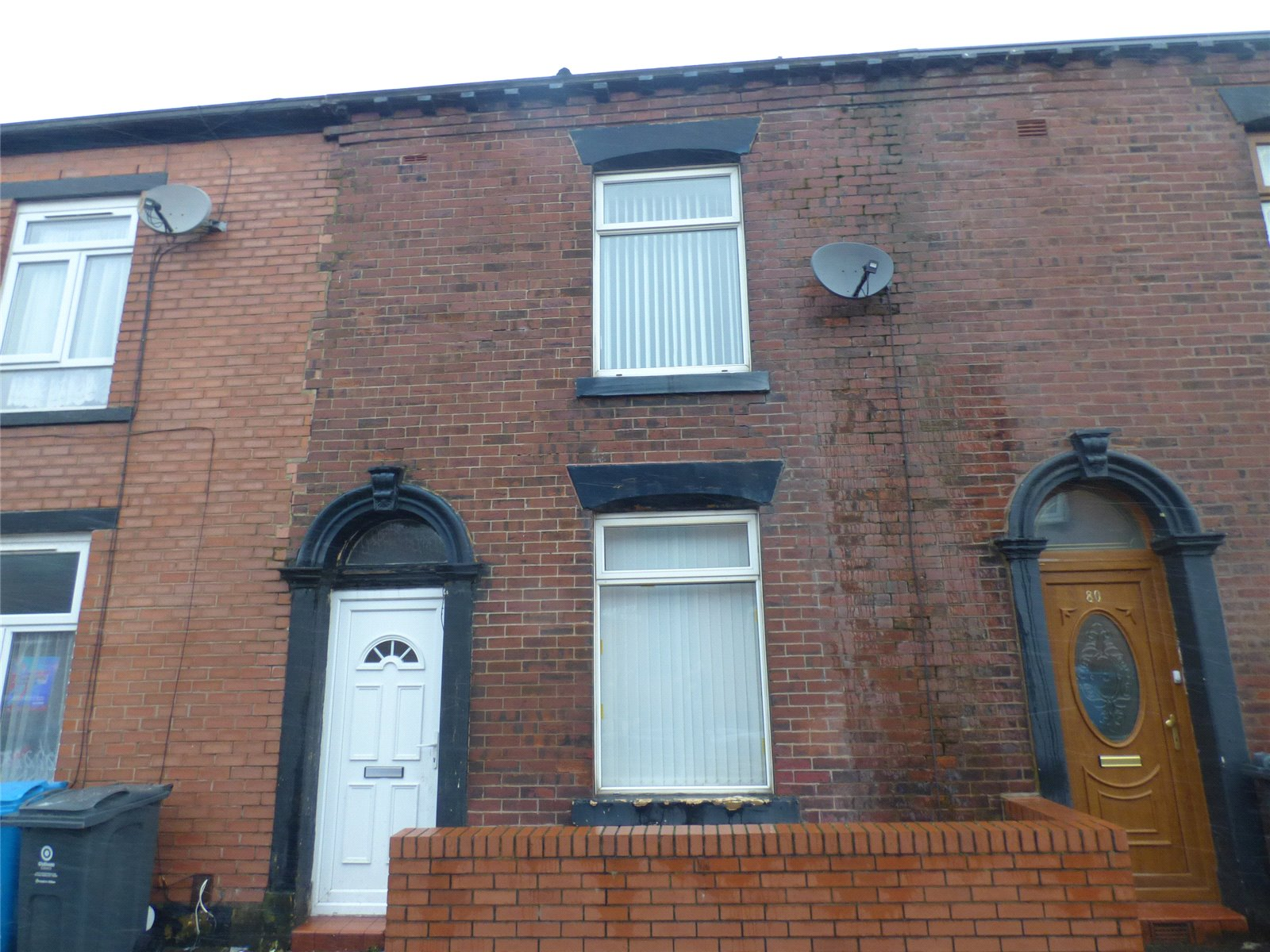 3 Bedrooms Terraced House for sale in Napier Street East, Werneth, Oldham, Greater Manchester, OL8