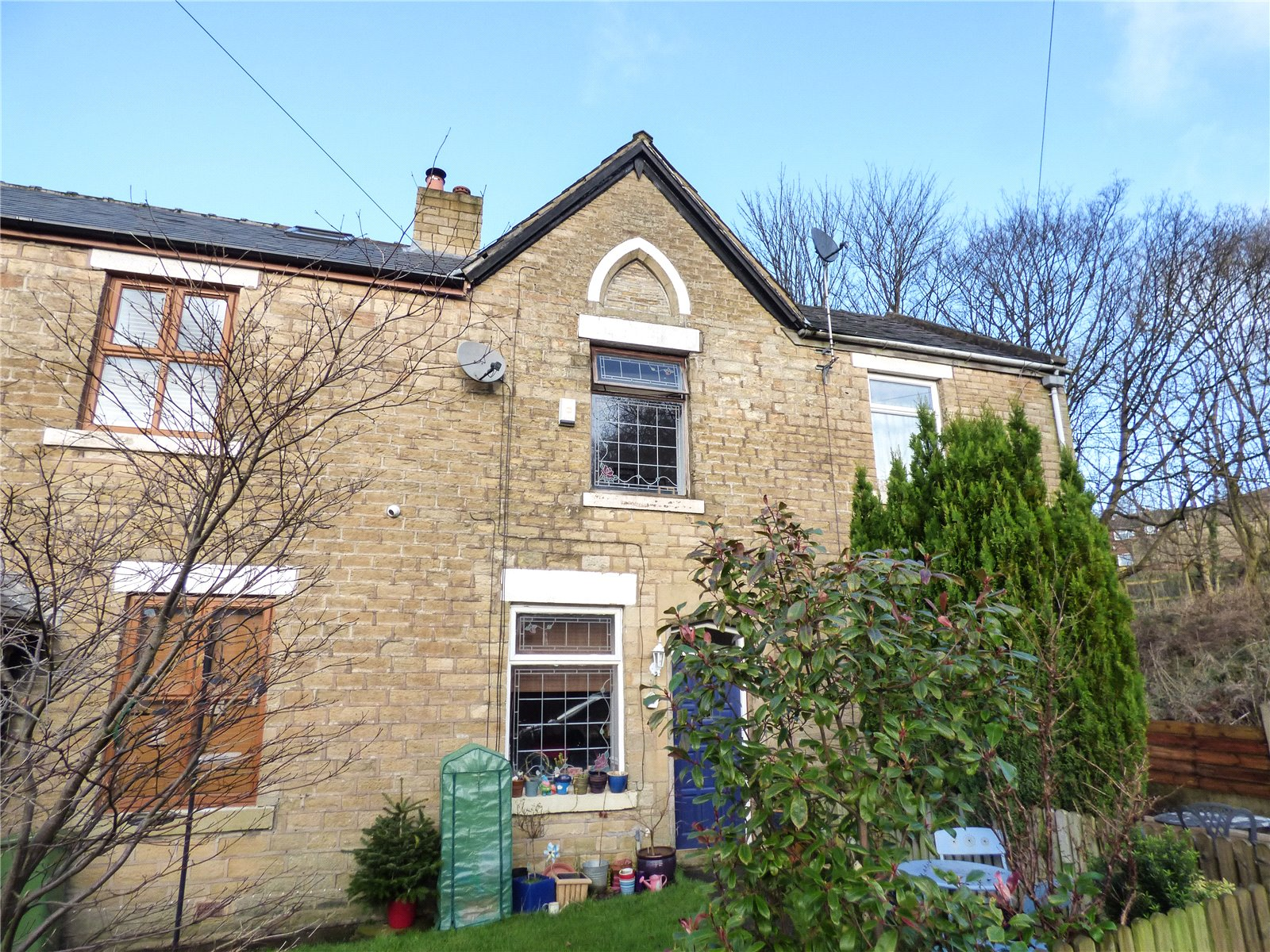 1 Bedroom Terraced House for sale in Breezehill Cottages, Mossley, Ashton-under-lyne, Lancashire, OL5