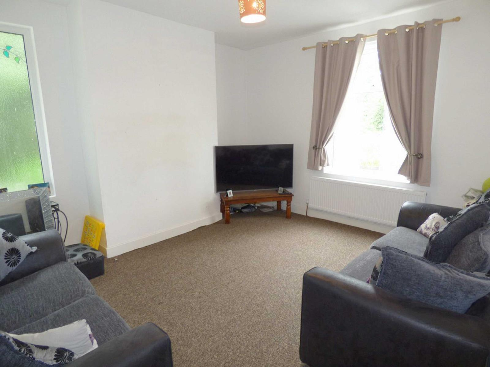 3 Bedrooms End Of Terrace House for sale in Haslam Street, Rochdale, Lancashire, OL12
