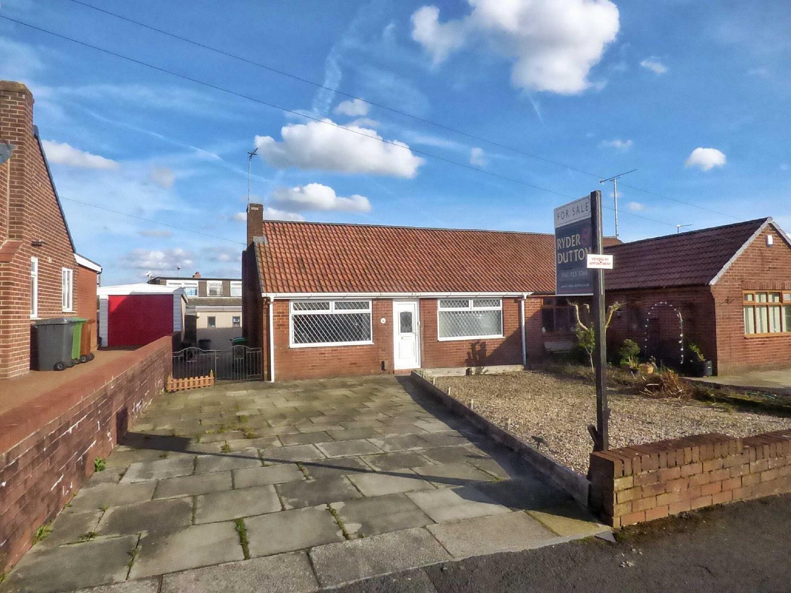 1 Bedroom Semi Detached Bungalow for sale in Ullswater Avenue, Royton, Oldham, OL2