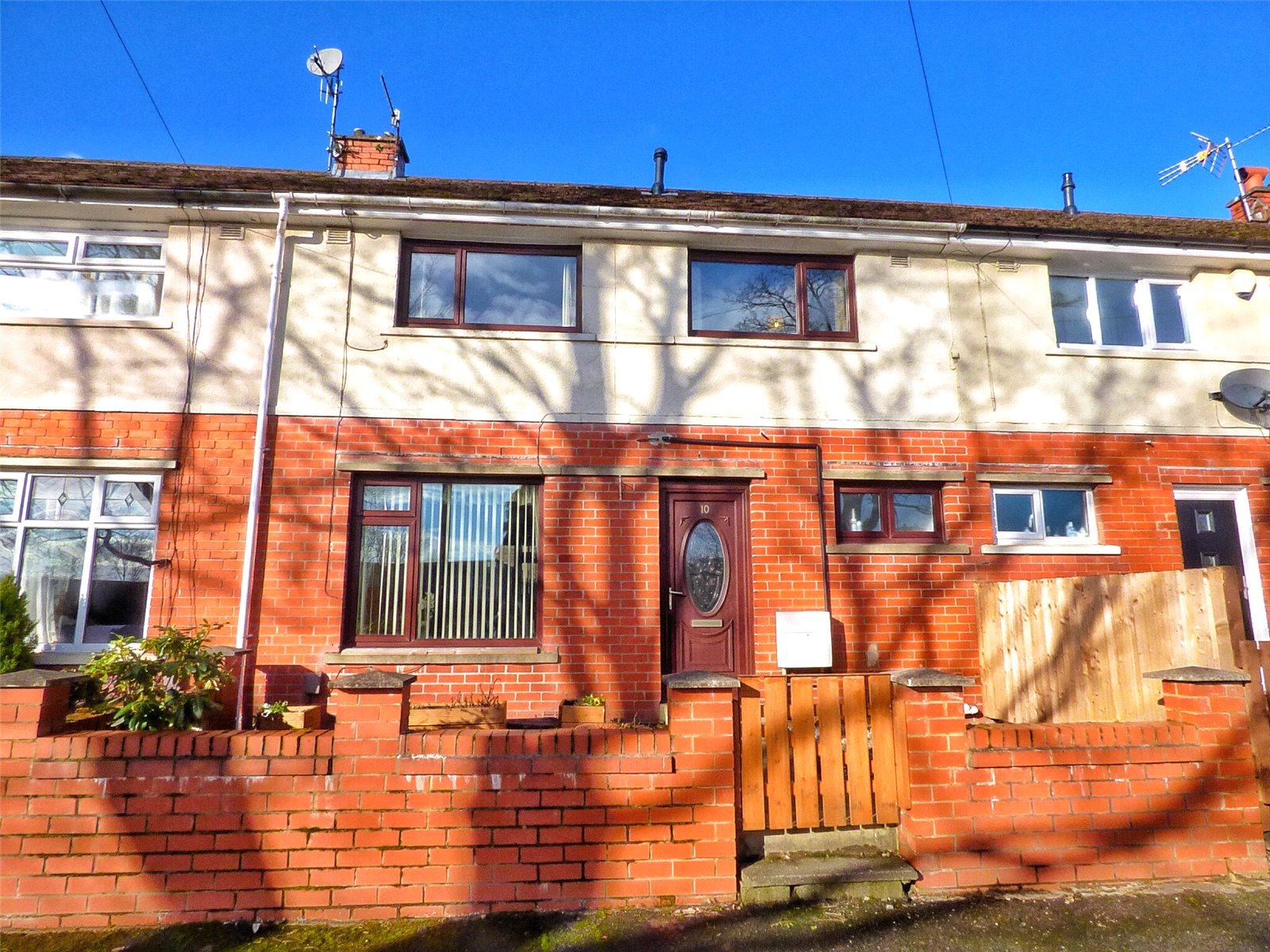 2 Bedrooms Terraced House for sale in Eden Way, Shaw, Oldham, Greater Manchester, OL2