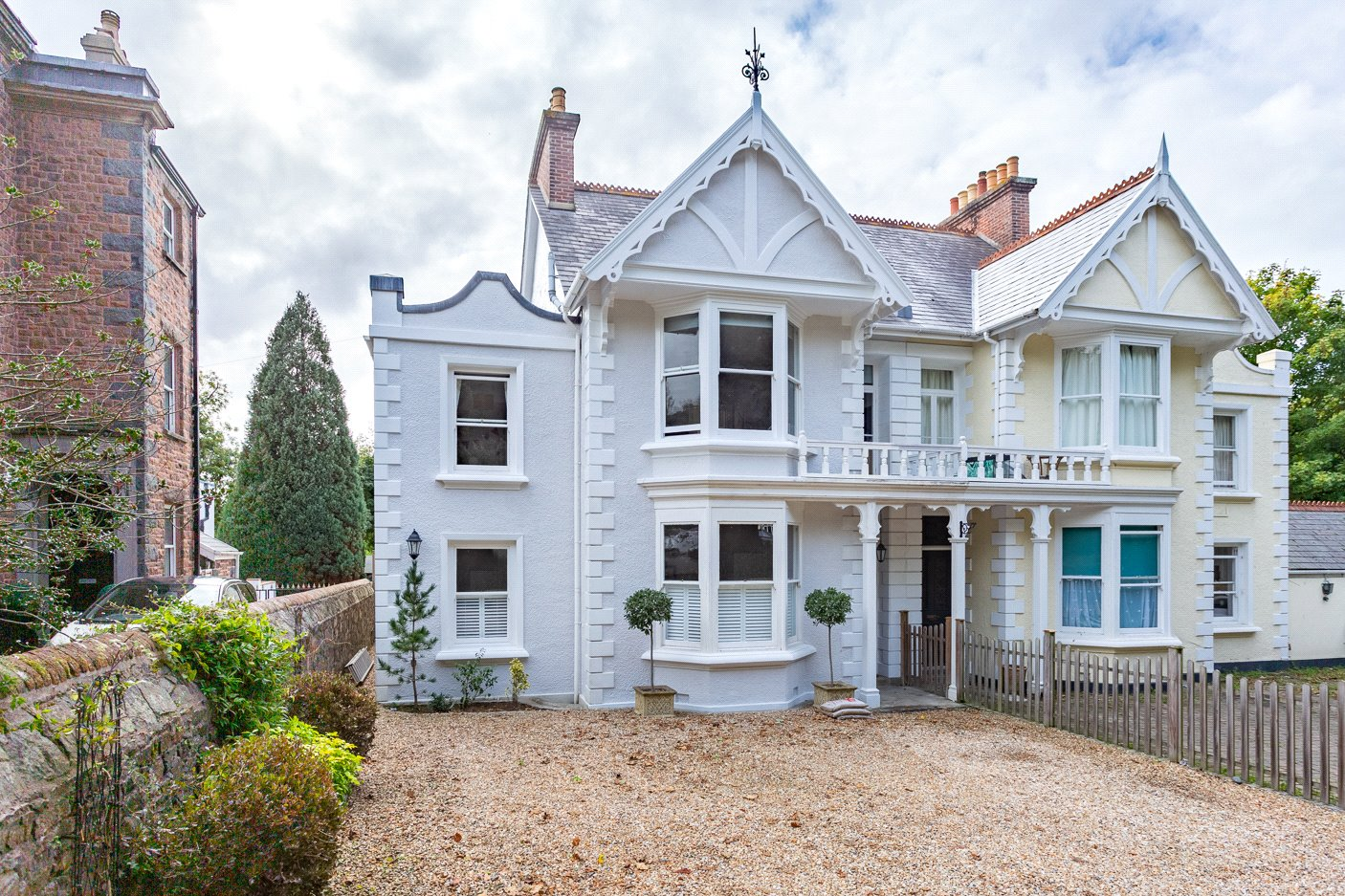 Property For Sale In Guernsey Homes And Flats To Buy Or Rent In Guernsey