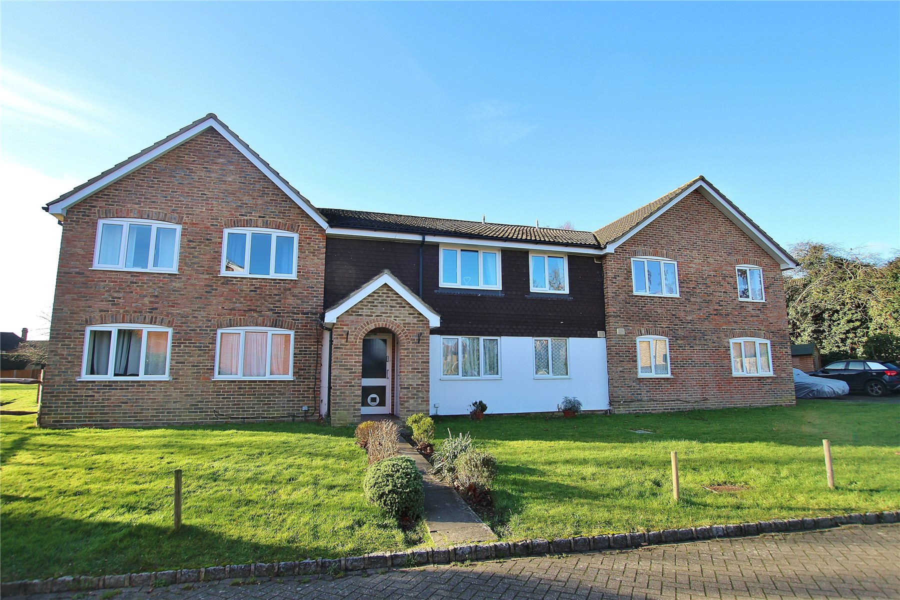 1 Bedroom Apartment Flat for sale in Rosebury Drive, Bisley, Woking, Surrey, GU24