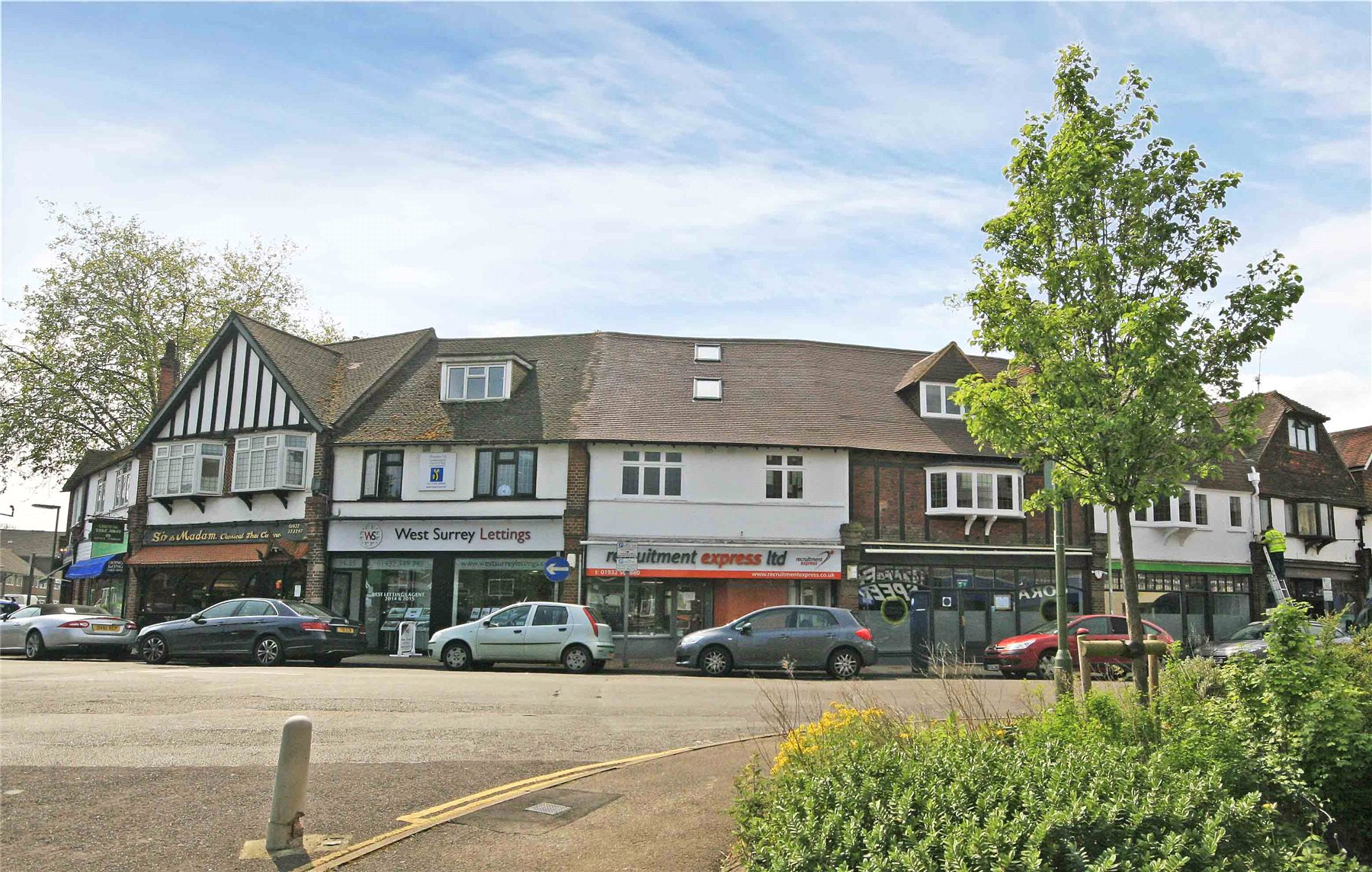 1 Bedroom Apartment Flat for sale in Station Approach, West Byfleet, Surrey, KT14