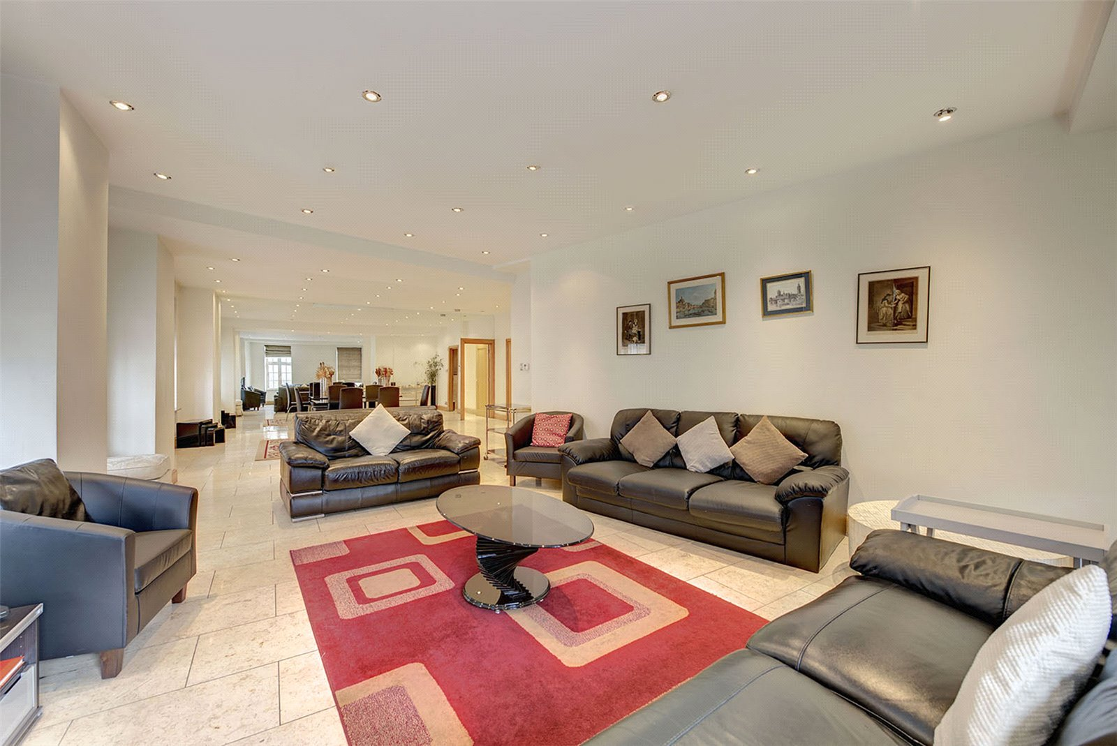 Apartments / Flats for Rent at Aldford House, Park Street, Mayfair, London, W1K Aldford House, Park Street, Mayfair, London, W1K