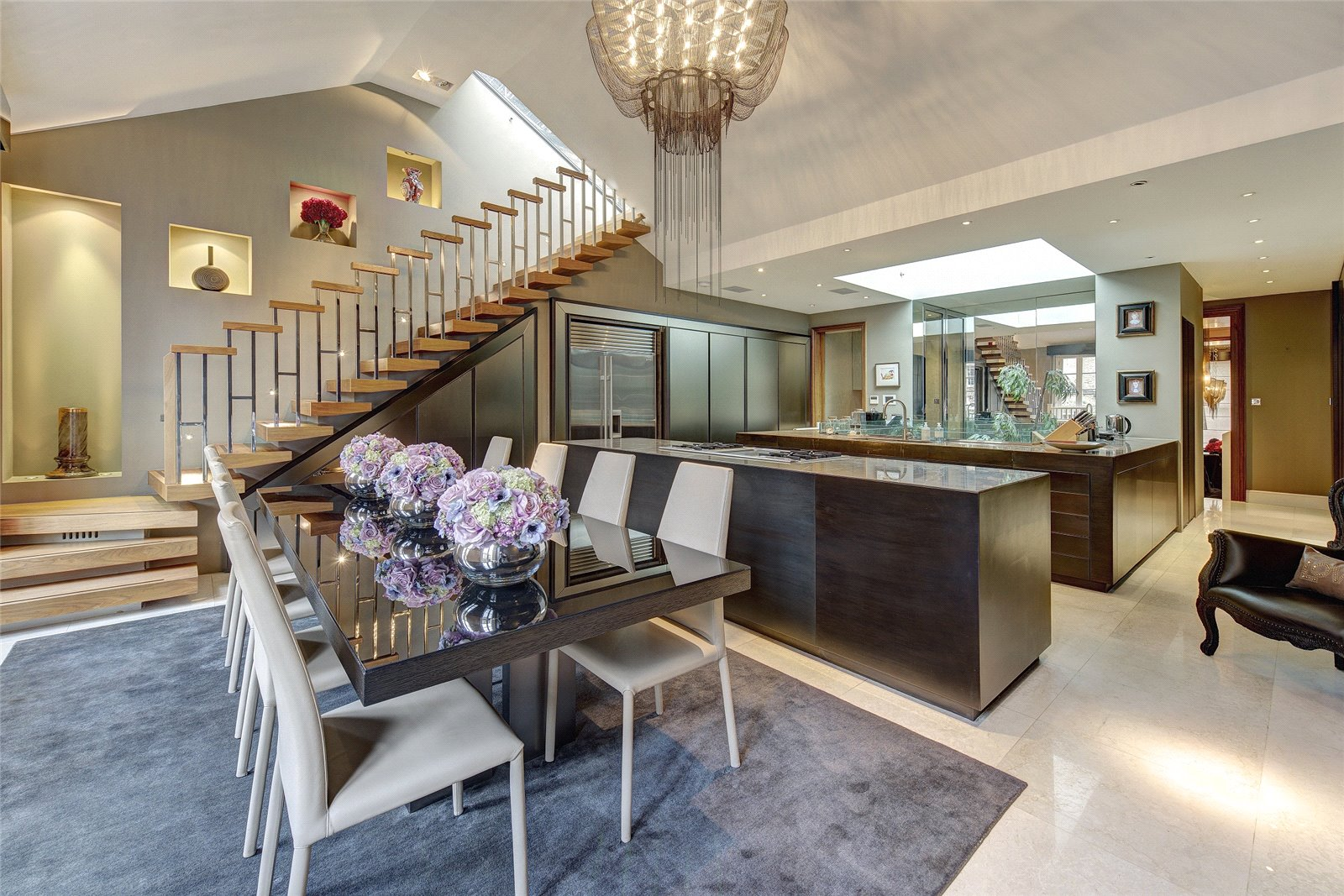 House for Sale at Eaton Square, Belgravia, London, SW1W Eaton Square, Belgravia, London, SW1W
