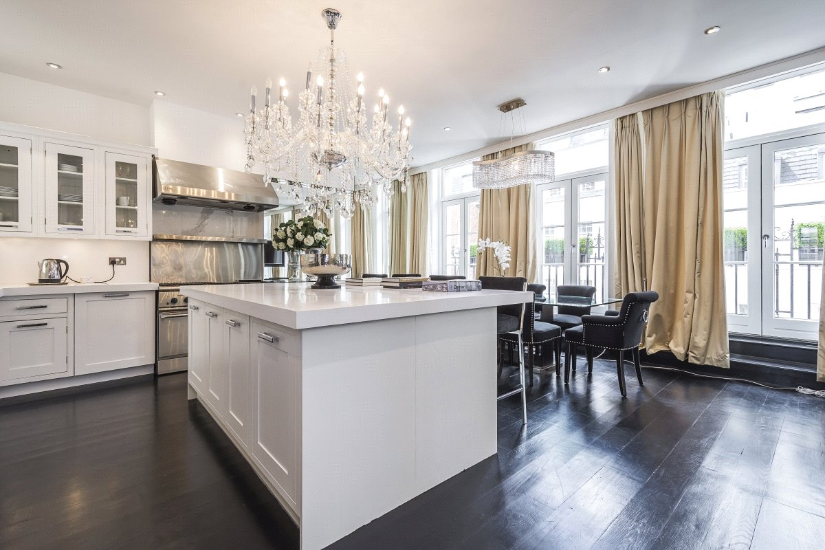 Apartments / Flats for Rent at Dunraven Street, Mayfair, London, W1K Dunraven Street, Mayfair, London, W1K