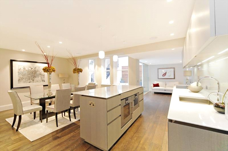 Apartment for Rent at Cadogan Gardens, Chelsea, London, SW3 Cadogan Gardens, Chelsea, London, SW3