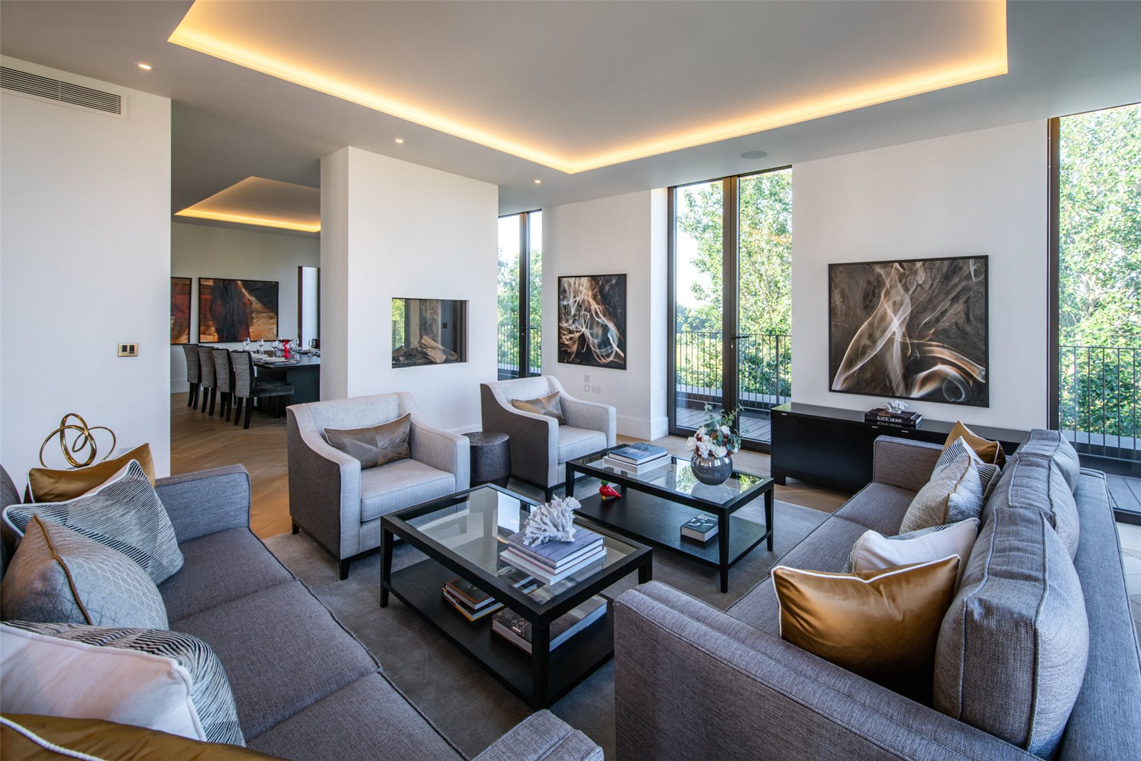 Apartment for Sale at St Edmund's Terrace, St John's Wood, London, NW8 St Edmund's Terrace, St John's Wood, London, NW8
