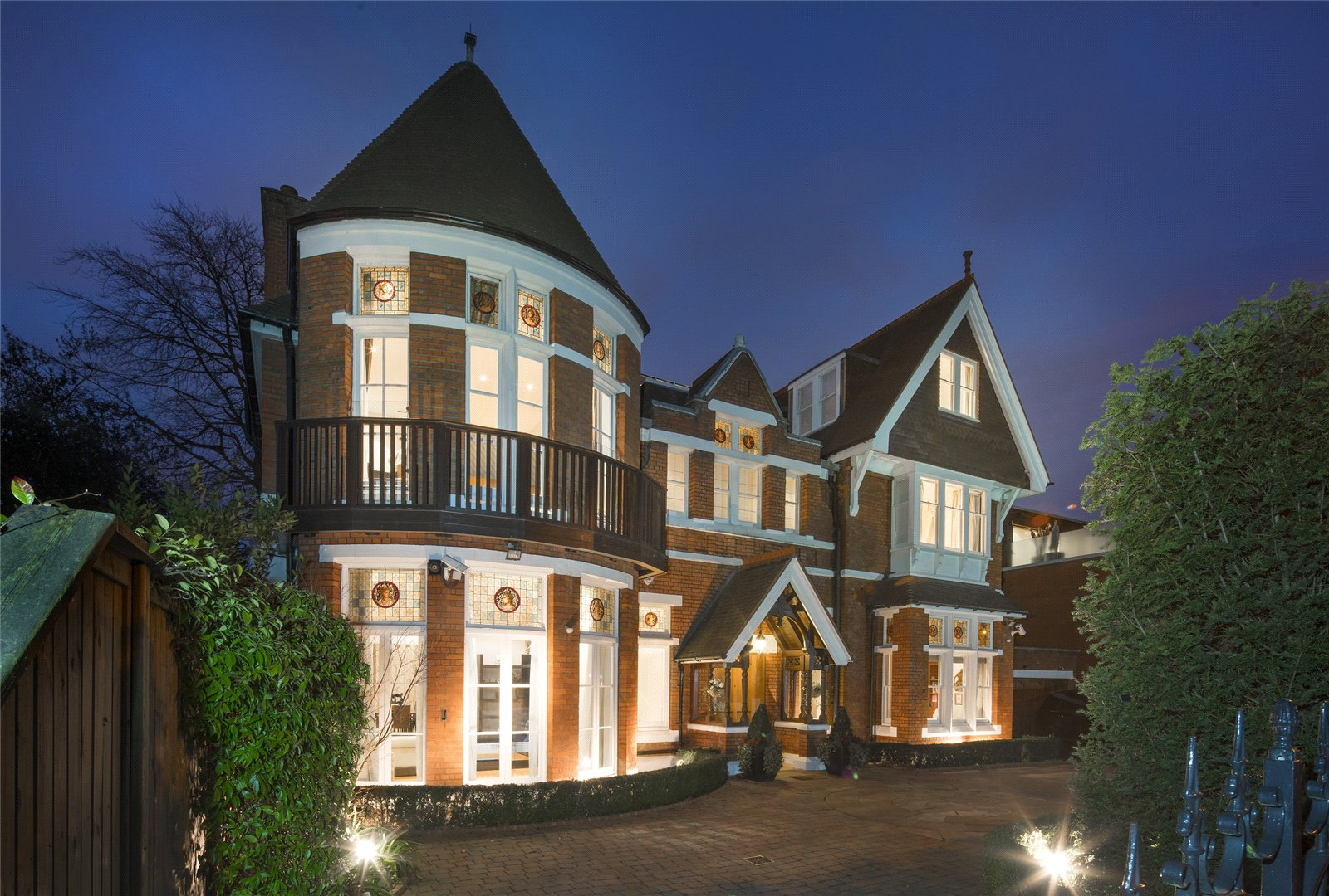 House for Rent at Elm Walk, Hampstead, London, NW3 Elm Walk, Hampstead, London, NW3