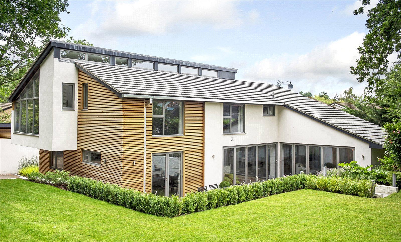 Villa per Vendita alle ore Burleigh Lane, Ascot, Berkshire, SL5 Ascot, Inghilterra