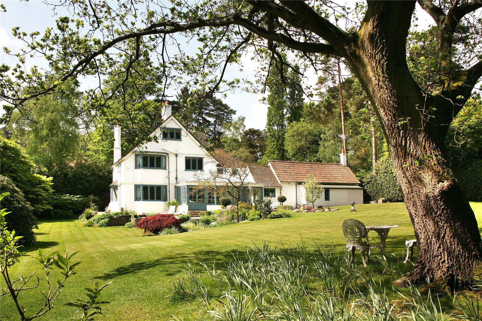 Villa per Vendita alle ore Monks Walk, Ascot, Berkshire, SL5 Ascot, Inghilterra