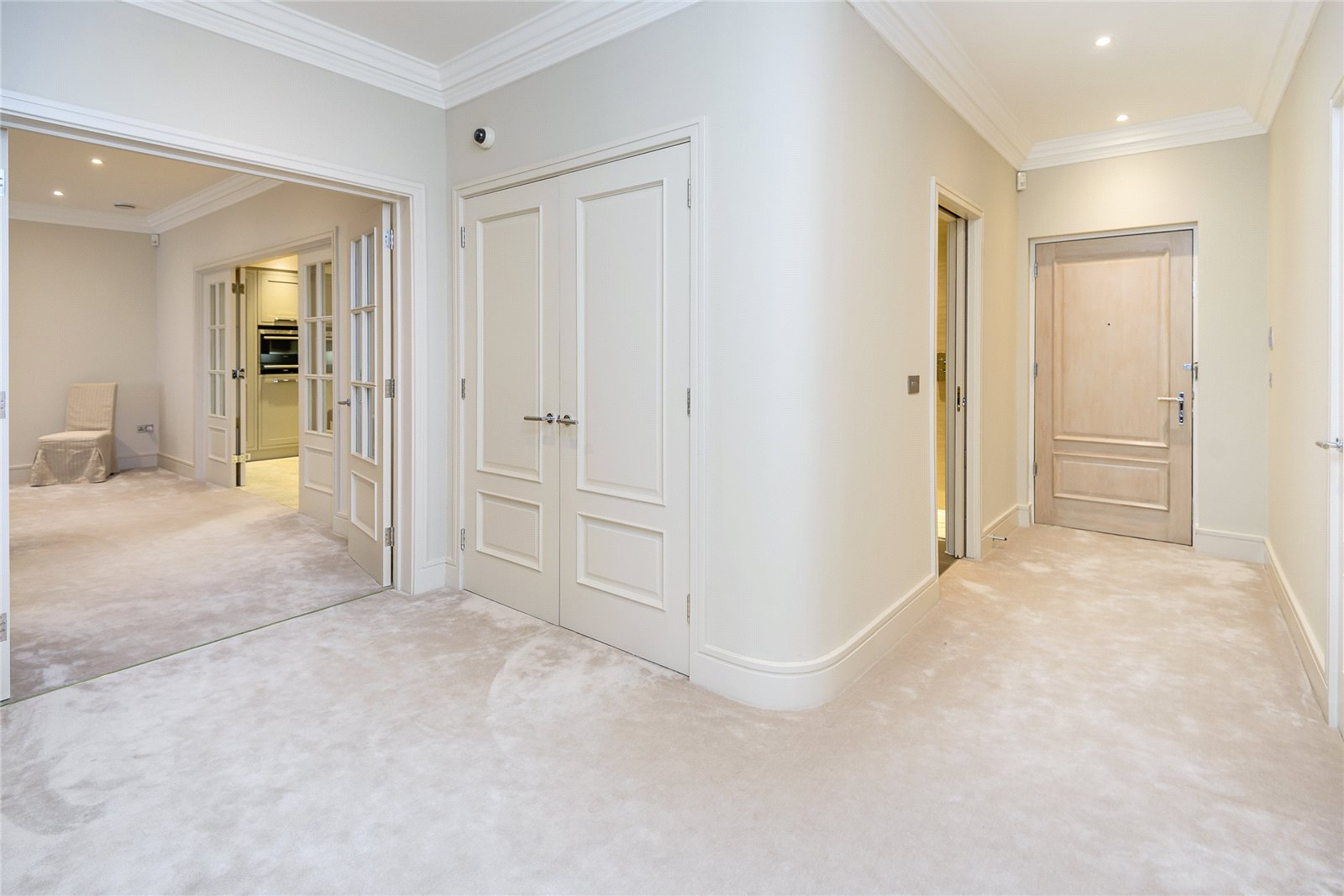 Additional photo for property listing at Westbrook House, Windsor Road, Ascot, Berkshire, SL5 Ascot, Англия