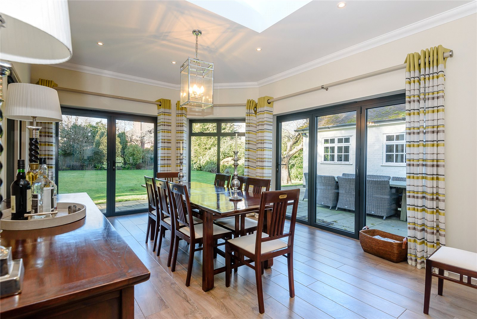 Additional photo for property listing at Woodcote Place, Ascot, Berkshire, SL5 Ascot, Inglaterra