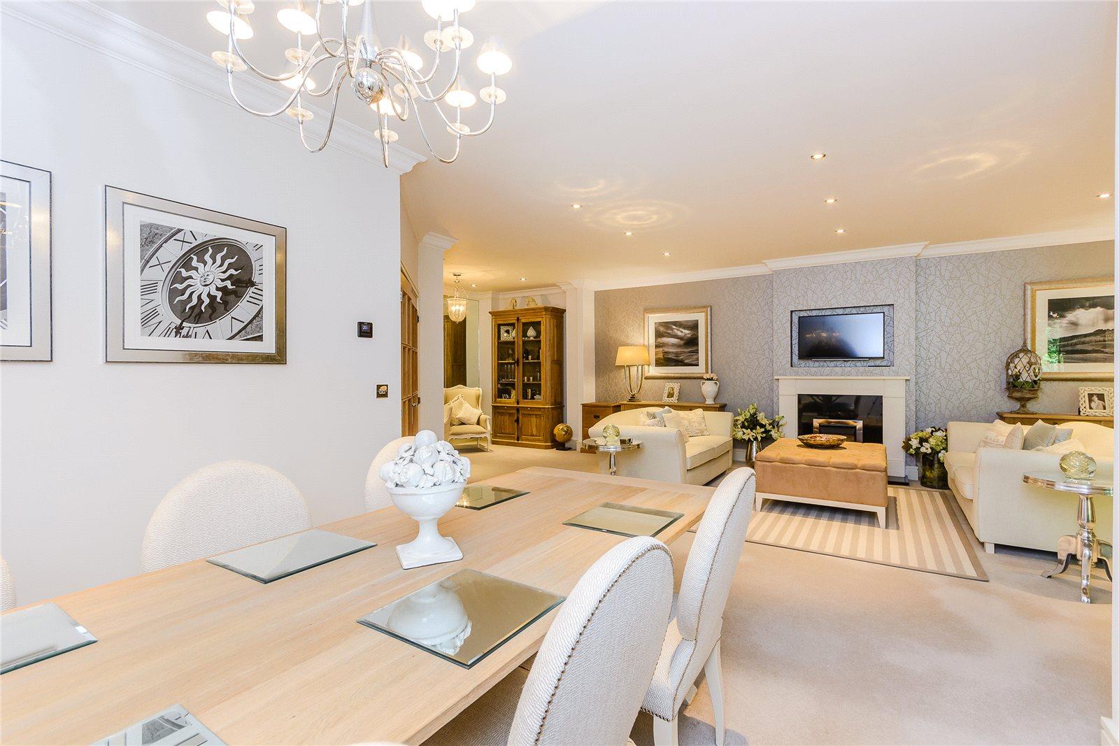 Additional photo for property listing at Brockenhurst House, Brockenhurst Road, Ascot, Berkshire, SL5 Ascot, England