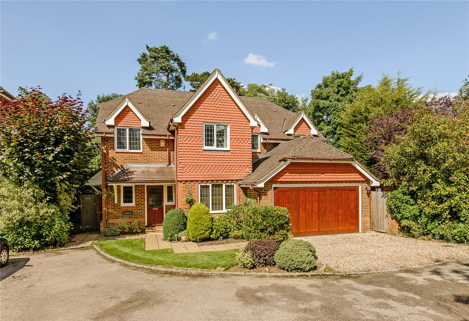 Single Family Home for Sale at Winkfield Row, Winkfield, Berkshire, RG42 Berkshire, England