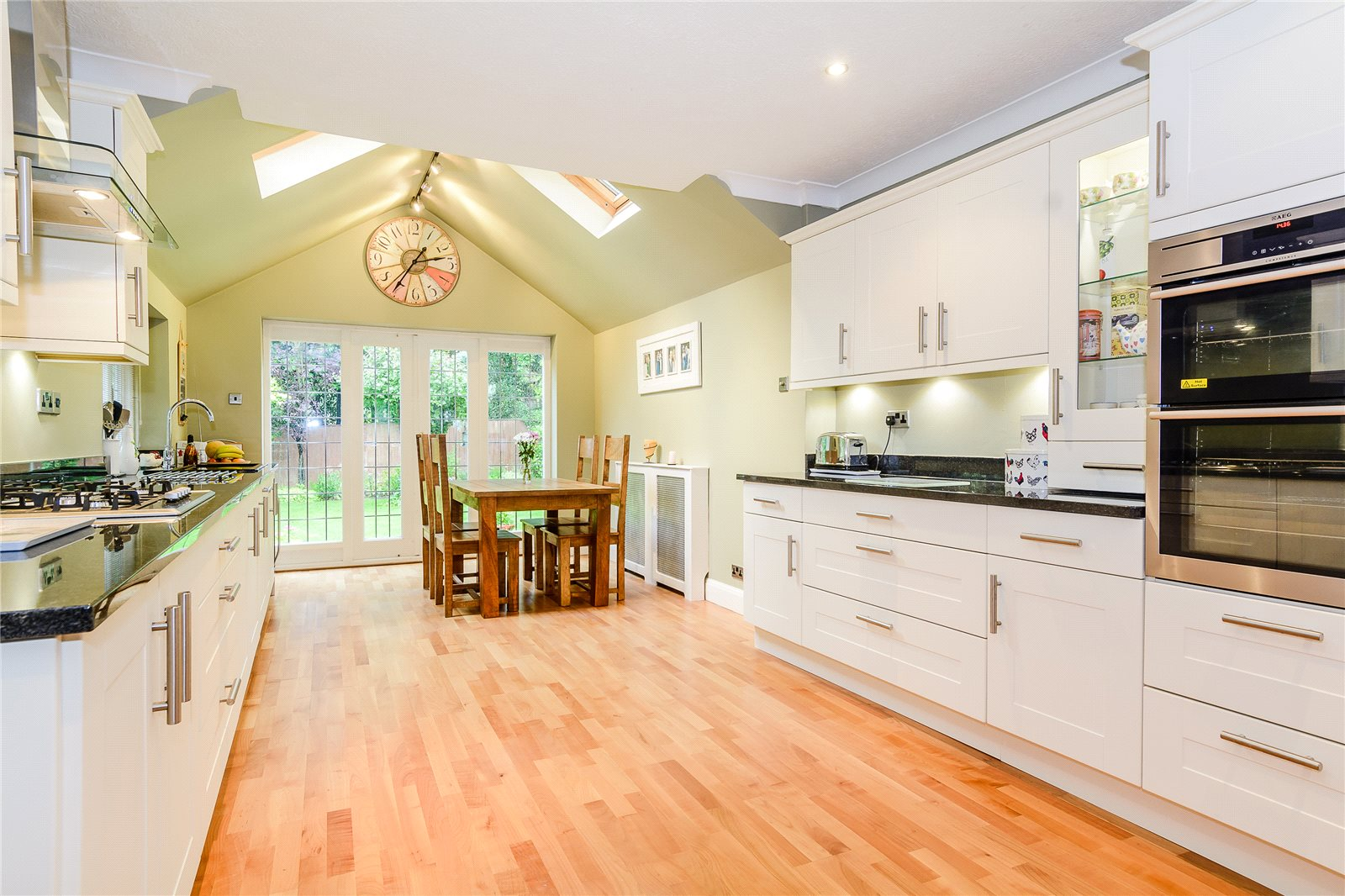 Additional photo for property listing at Winkfield Row, Winkfield, Berkshire, RG42 Berkshire, Inglaterra