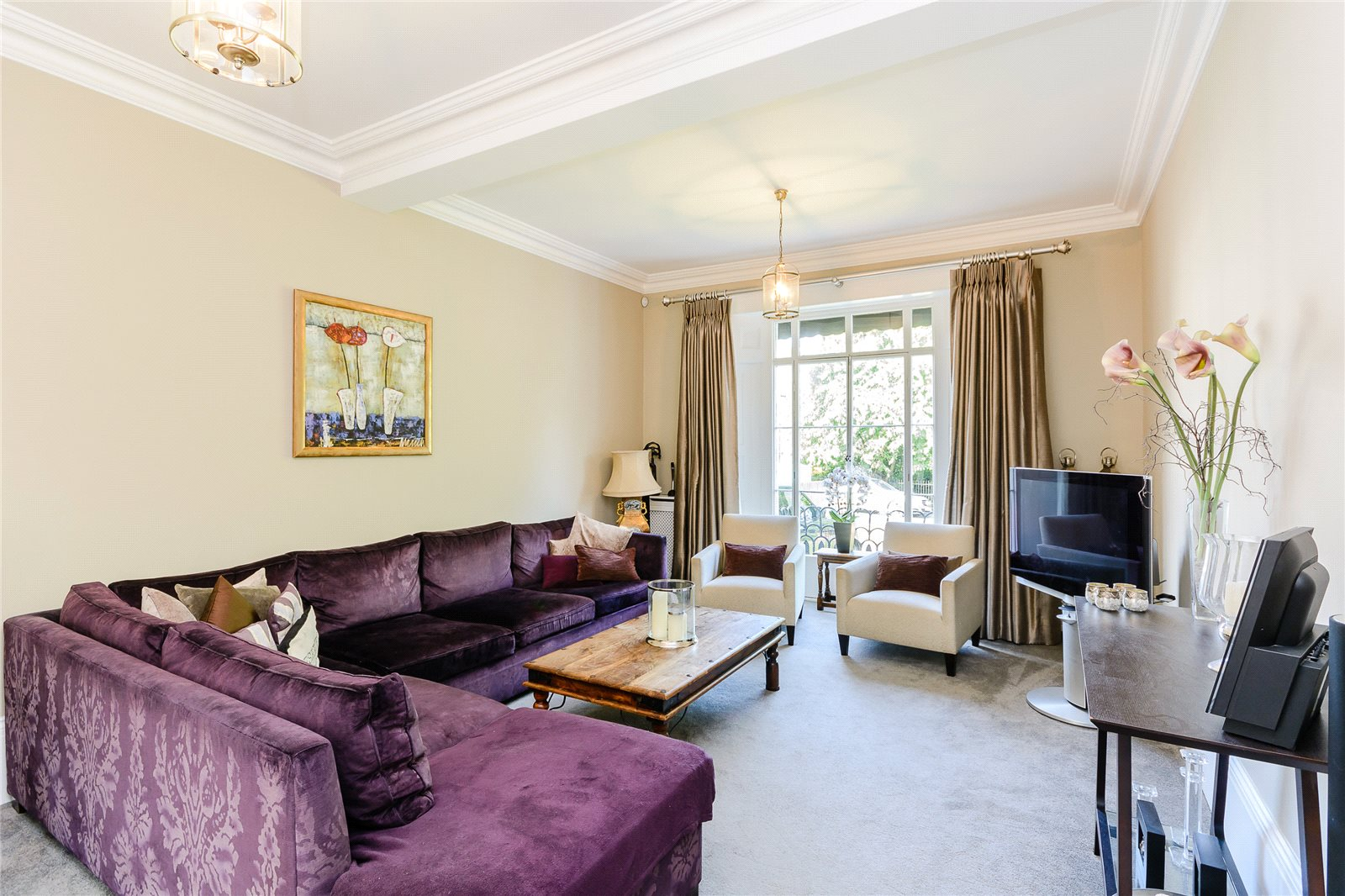 Additional photo for property listing at Clarence Crescent, Windsor, Berkshire, SL4 Windsor, 英格蘭