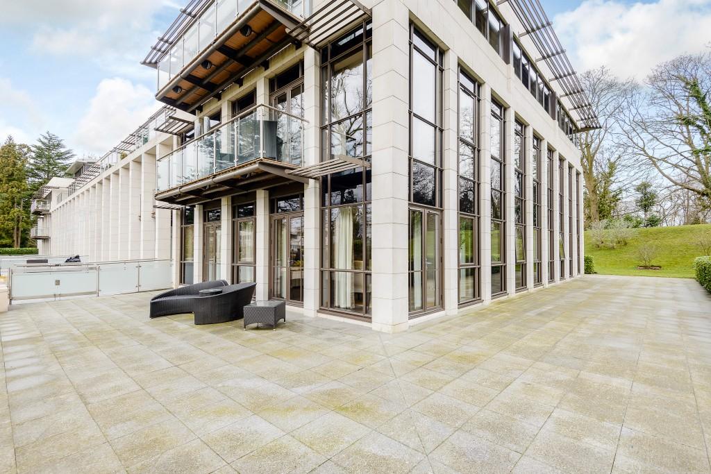 公寓 为 出租 在 The Garden House, Charters, Sunningdale, SL5 Sunningdale, 英格兰