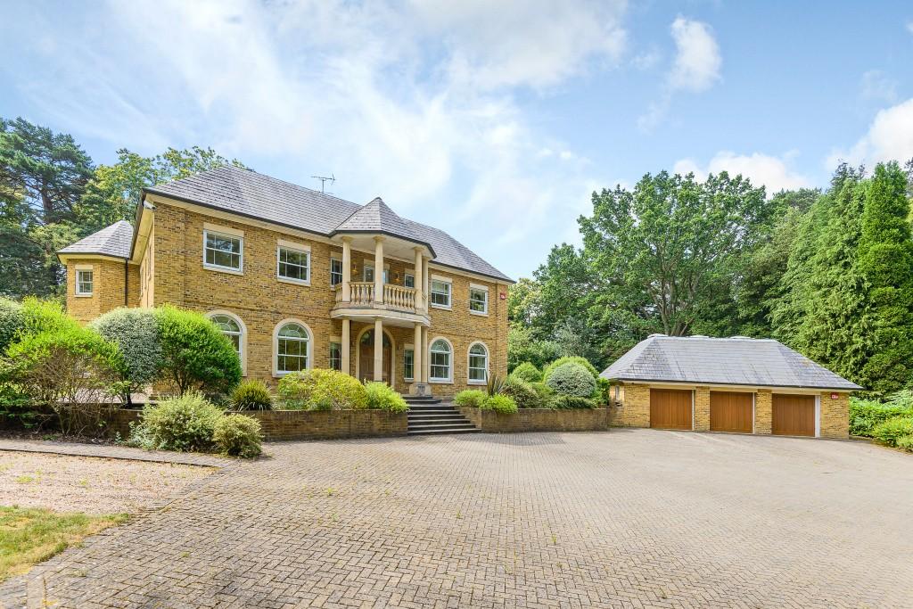 Villa per Affitto alle ore Swinley Road, Ascot, Berkshire, SL5 Ascot, Inghilterra