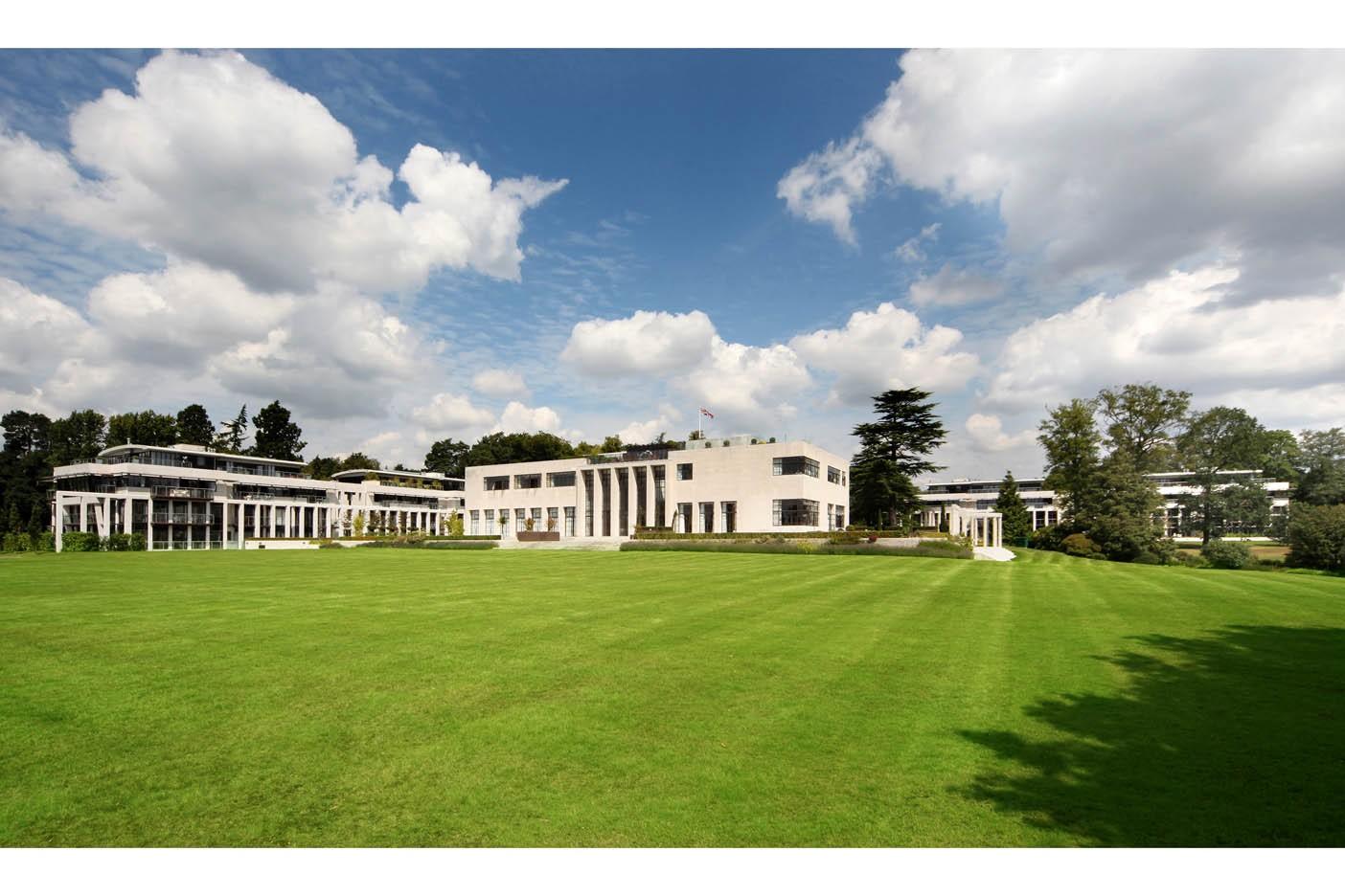 Appartements / Flats pour l à louer à The Court, Sunningdale, Berkshire, SL5 Sunningdale, Angleterre