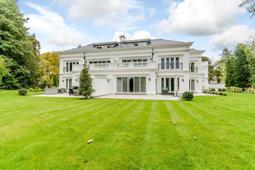 Appartements / Flats pour l à louer à The Ridge, Ridgemount Road, Sunningdale, Berkshire, SL5 Sunningdale, Angleterre