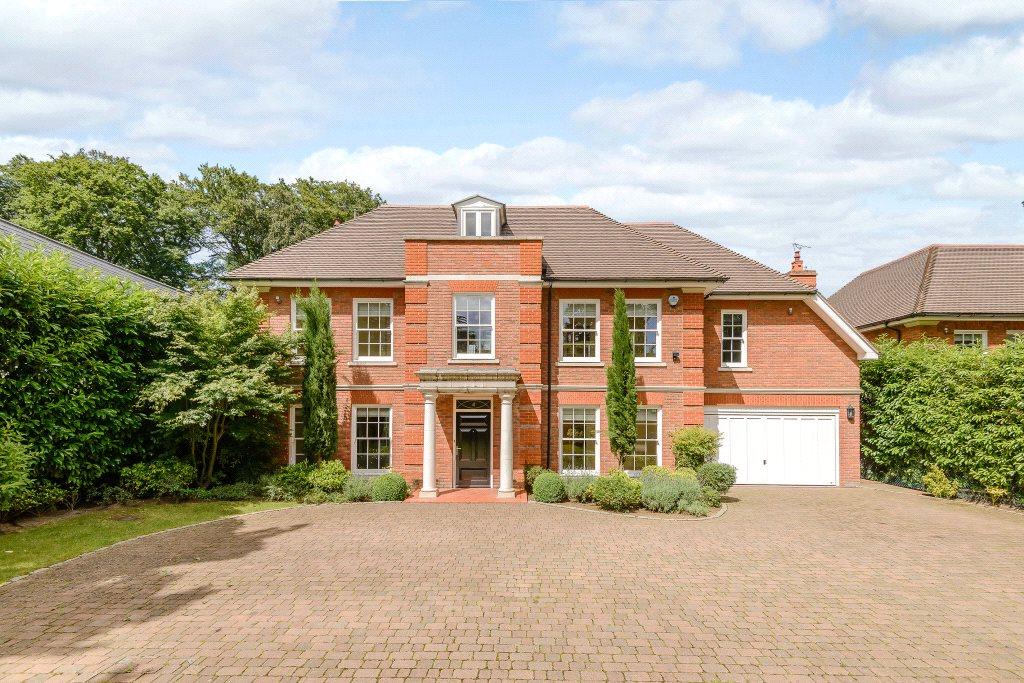 Villa per Affitto alle ore Queens Hill Rise, Ascot, Berkshire, SL5 Ascot, Inghilterra