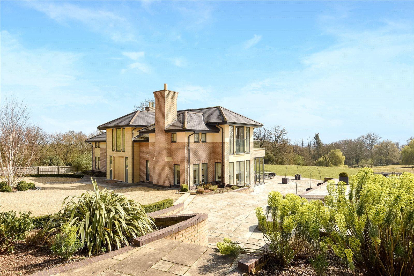 Maison unifamiliale pour l à louer à Coopers Hill Lane, Englefield Green, Egham, Surrey, TW20 Egham, Angleterre