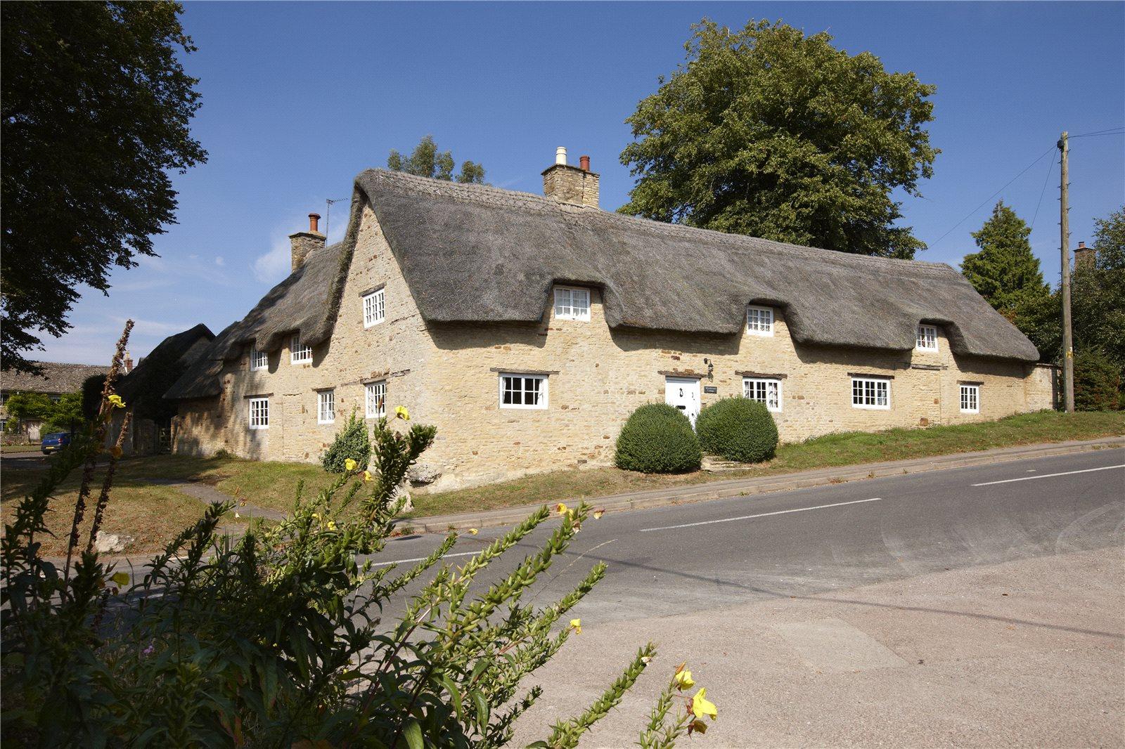 Nhà ở một gia đình vì Bán tại Church Enstone, Chipping Norton, Oxfordshire, OX7 Chipping Norton, Anh Quốc