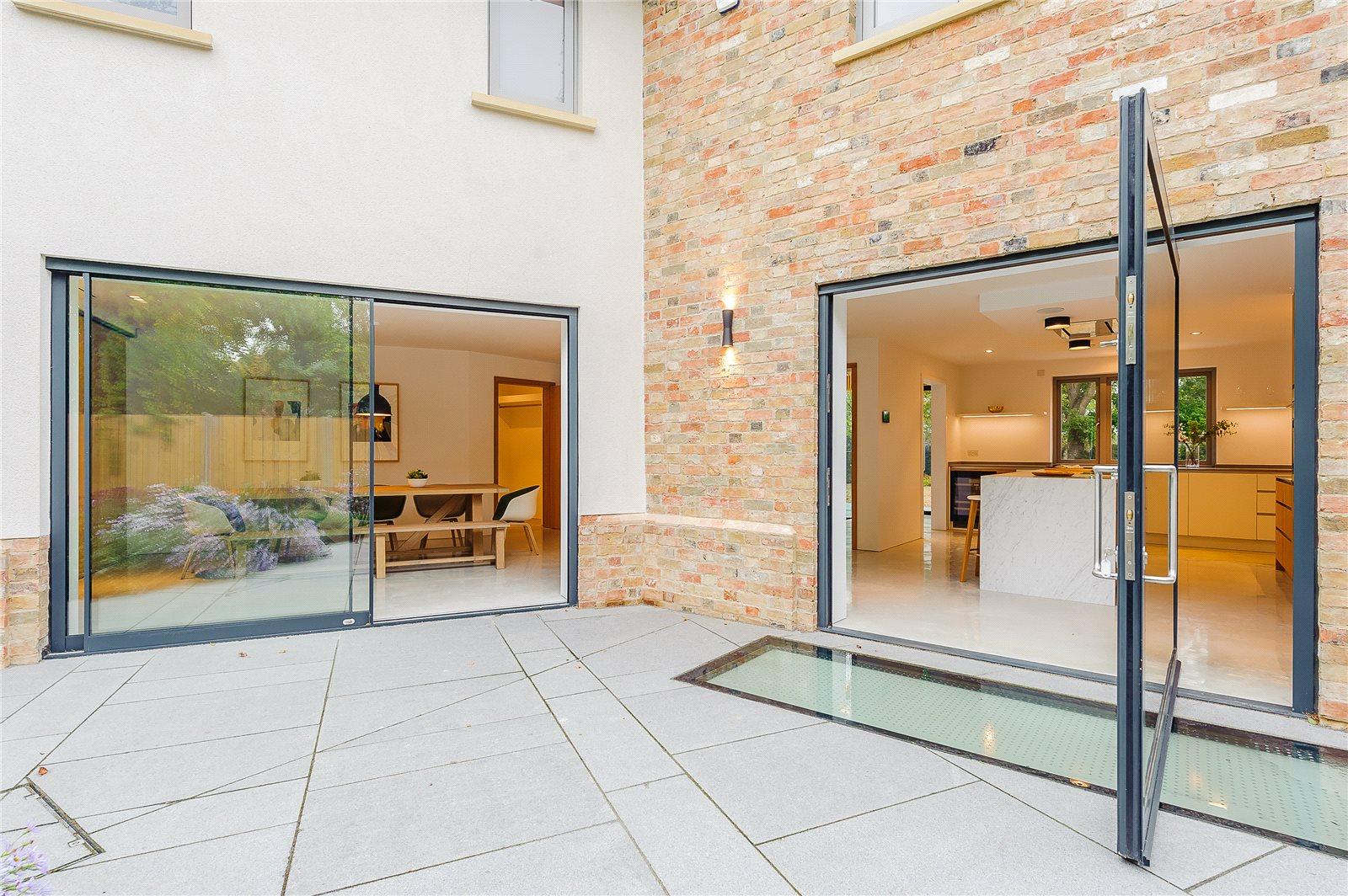 Additional photo for property listing at Comberton Road, Barton, Cambridge, CB23 英格兰