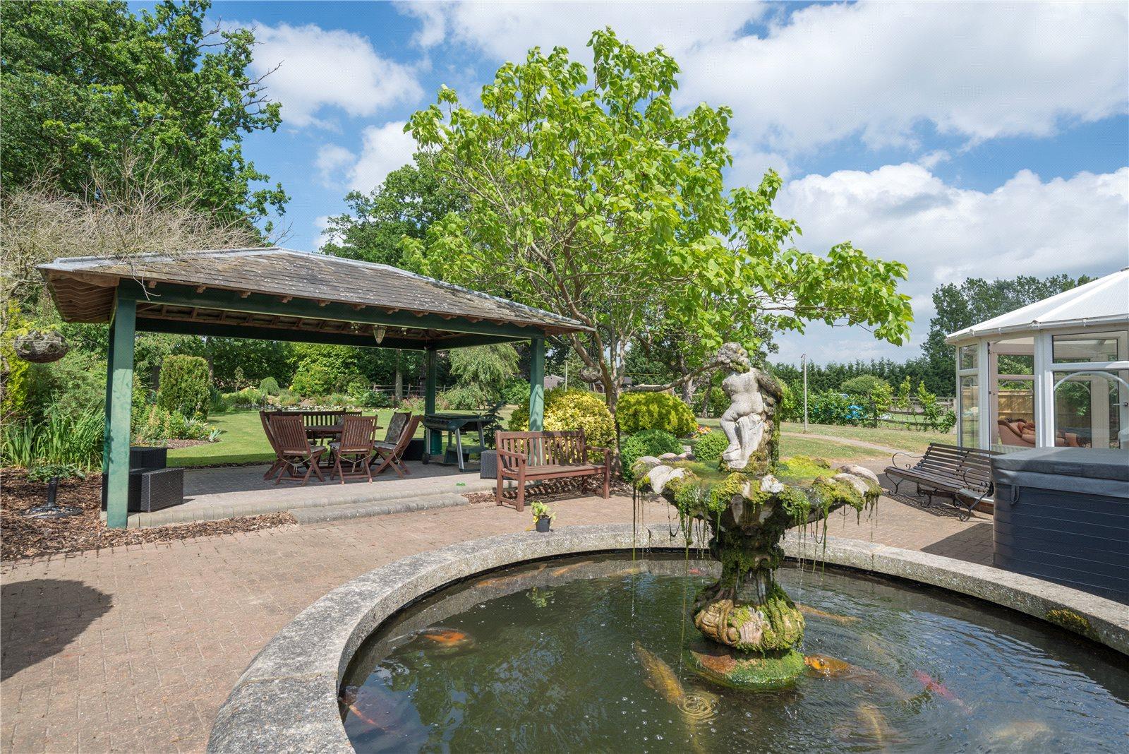 Additional photo for property listing at Smarden, Ashford, Kent, TN27 Ashford, イギリス