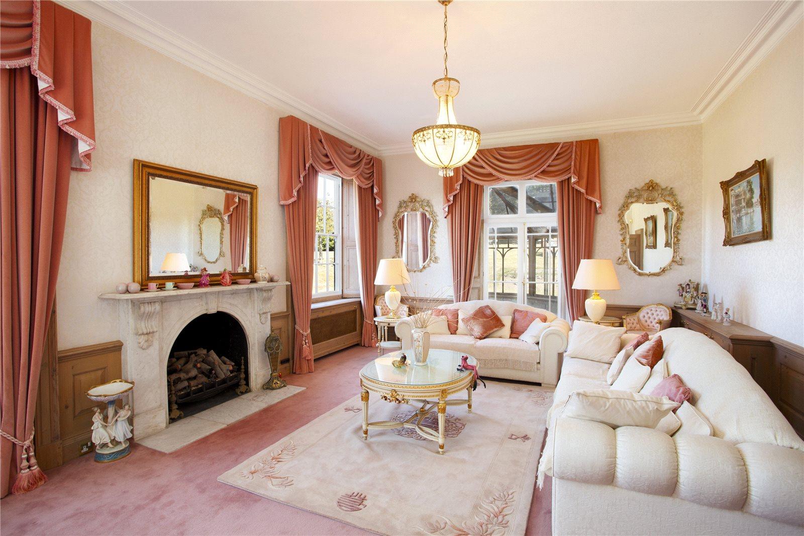 Additional photo for property listing at Woodnesborough, Sandwich, Kent, CT13 Sandwich, Англия