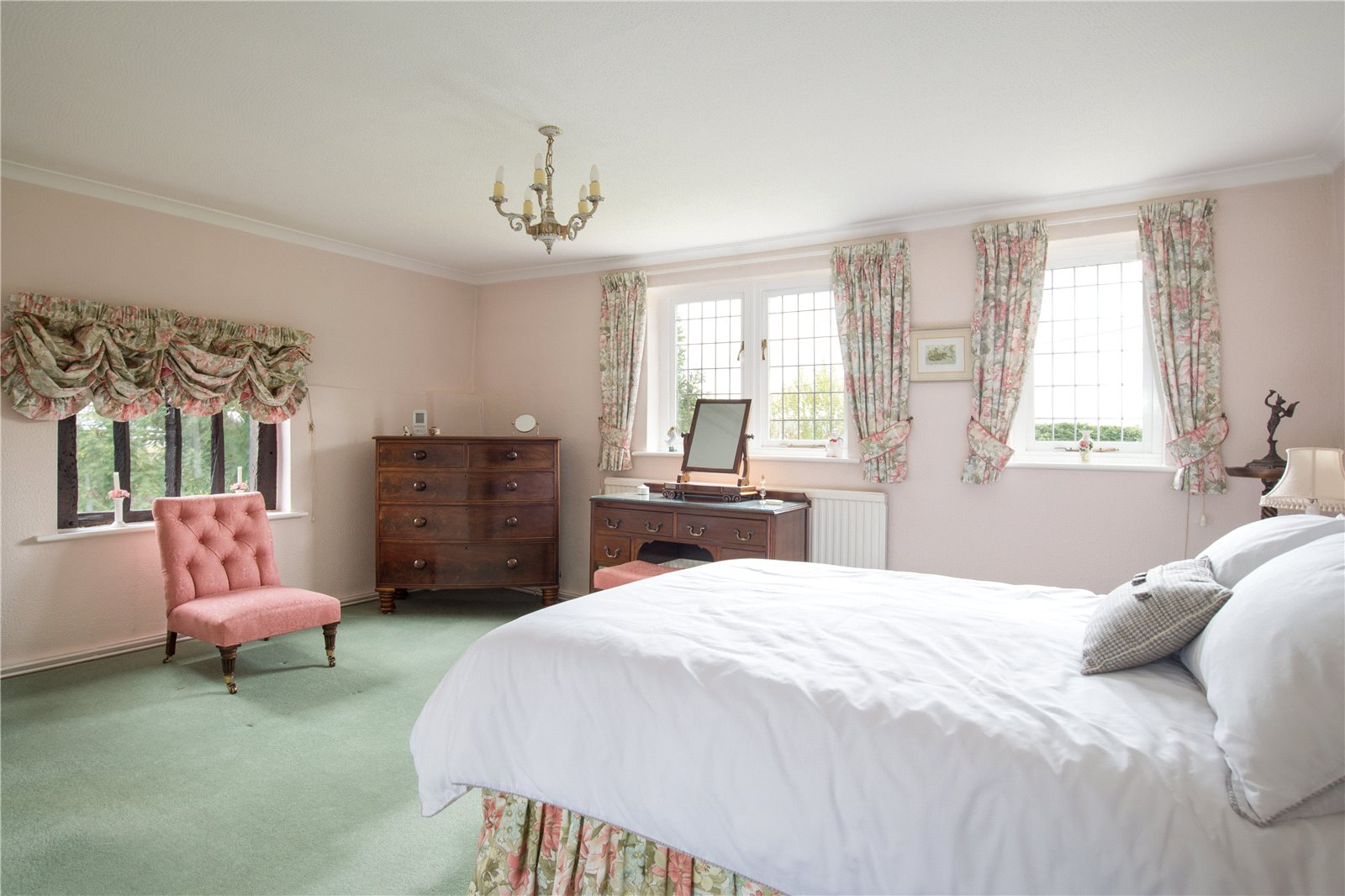 Additional photo for property listing at Lower Lees Road, Old Wives Lees, Canterbury, Kent, CT4 Canterbury, Inghilterra