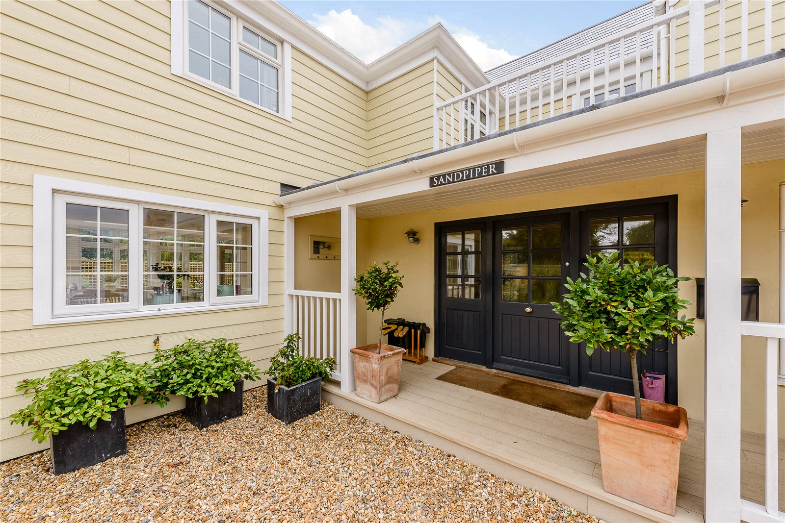 Additional photo for property listing at Seaward Drive, West Wittering, Chichester, West Sussex, PO20 Chichester, Engeland