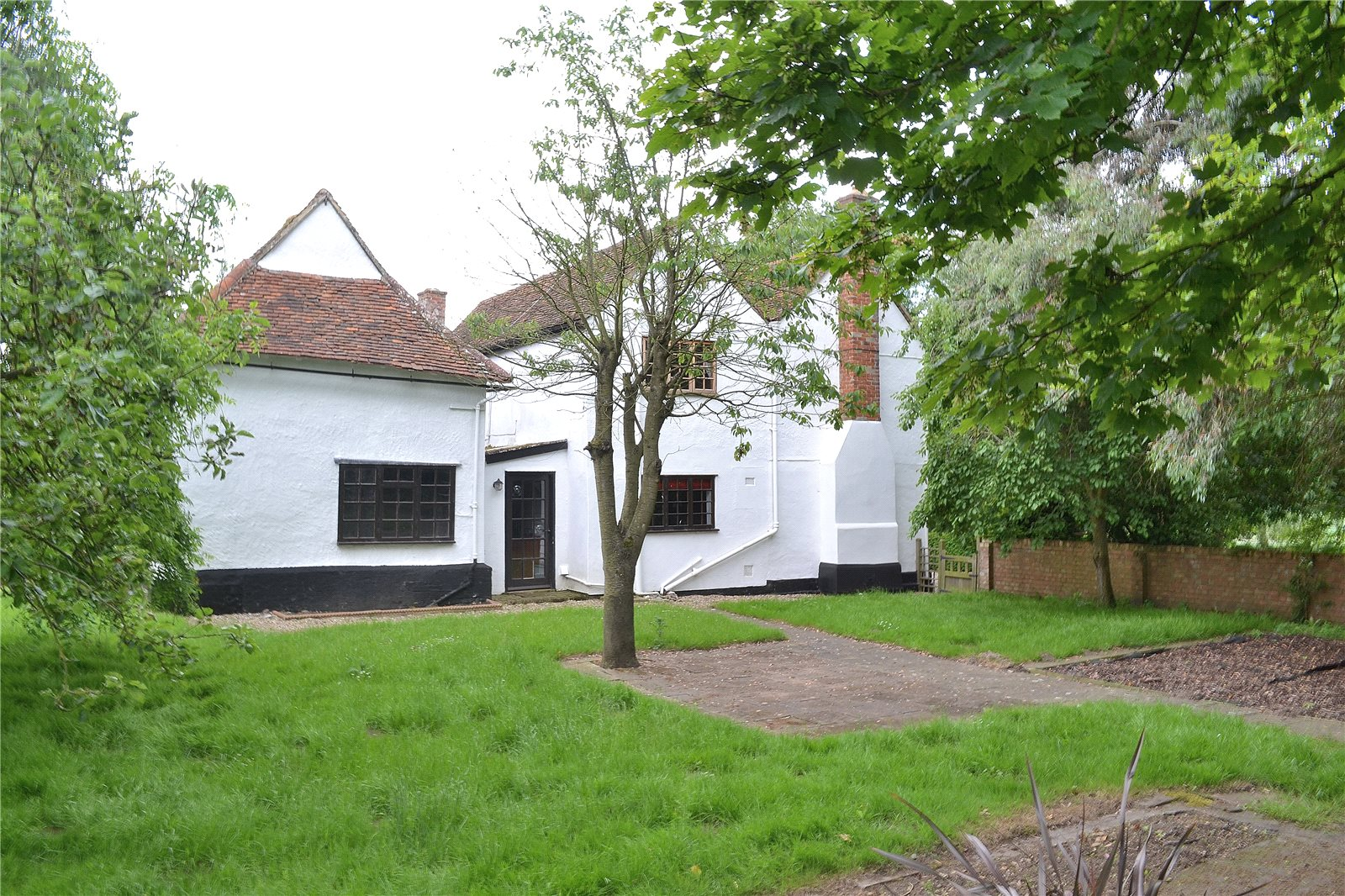 Additional photo for property listing at Duton Hill, Dunmow, Essex, CM6 Dunmow, Angleterre