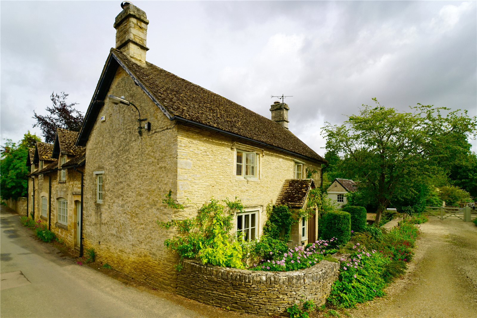 Additional photo for property listing at Langford, Lechlade, Gloucestershire, GL7 Lechlade, Англия