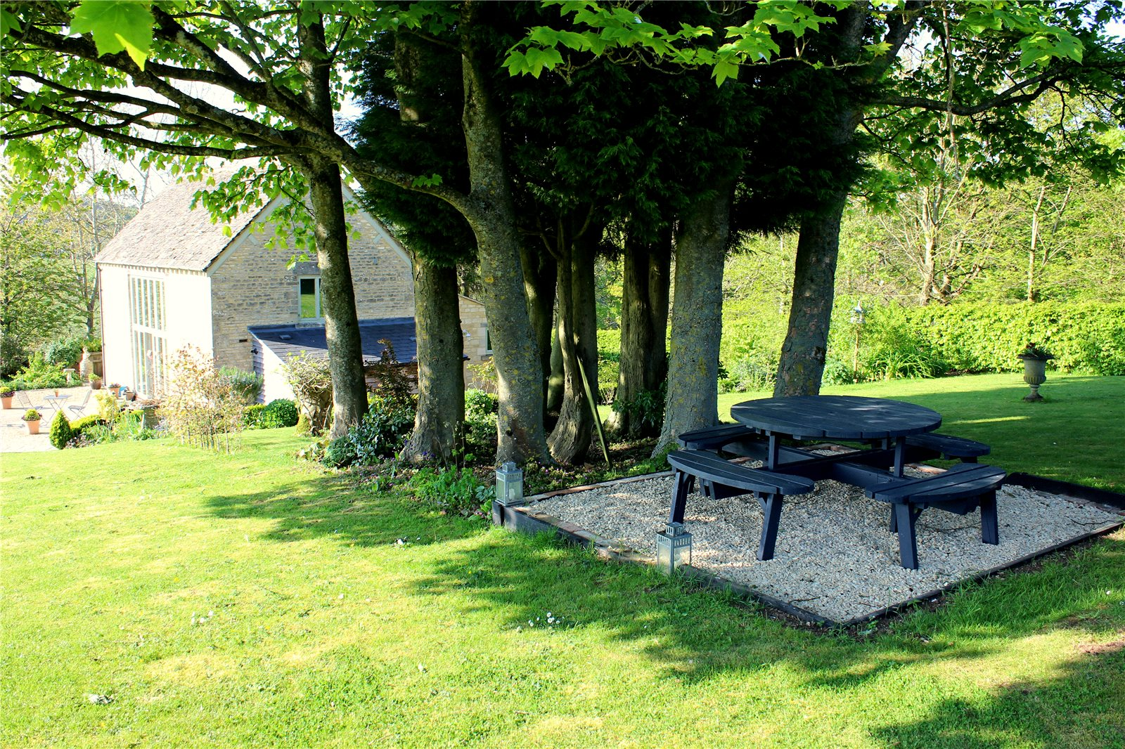 Additional photo for property listing at Lower Nashend, Bisley, Stroud, Gloucestershire, GL6 Stroud, Angleterre