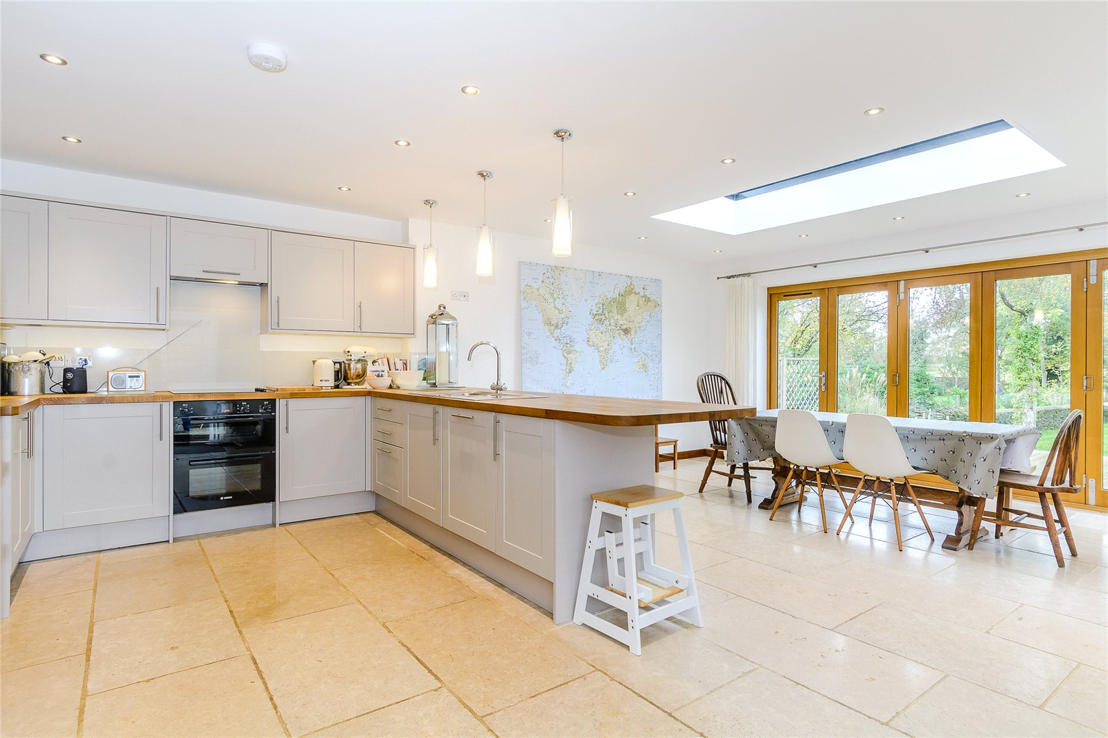 Additional photo for property listing at Bell Lane, Poulton, Cirencester, Gloucestershire, GL7 Cirencester, Inghilterra