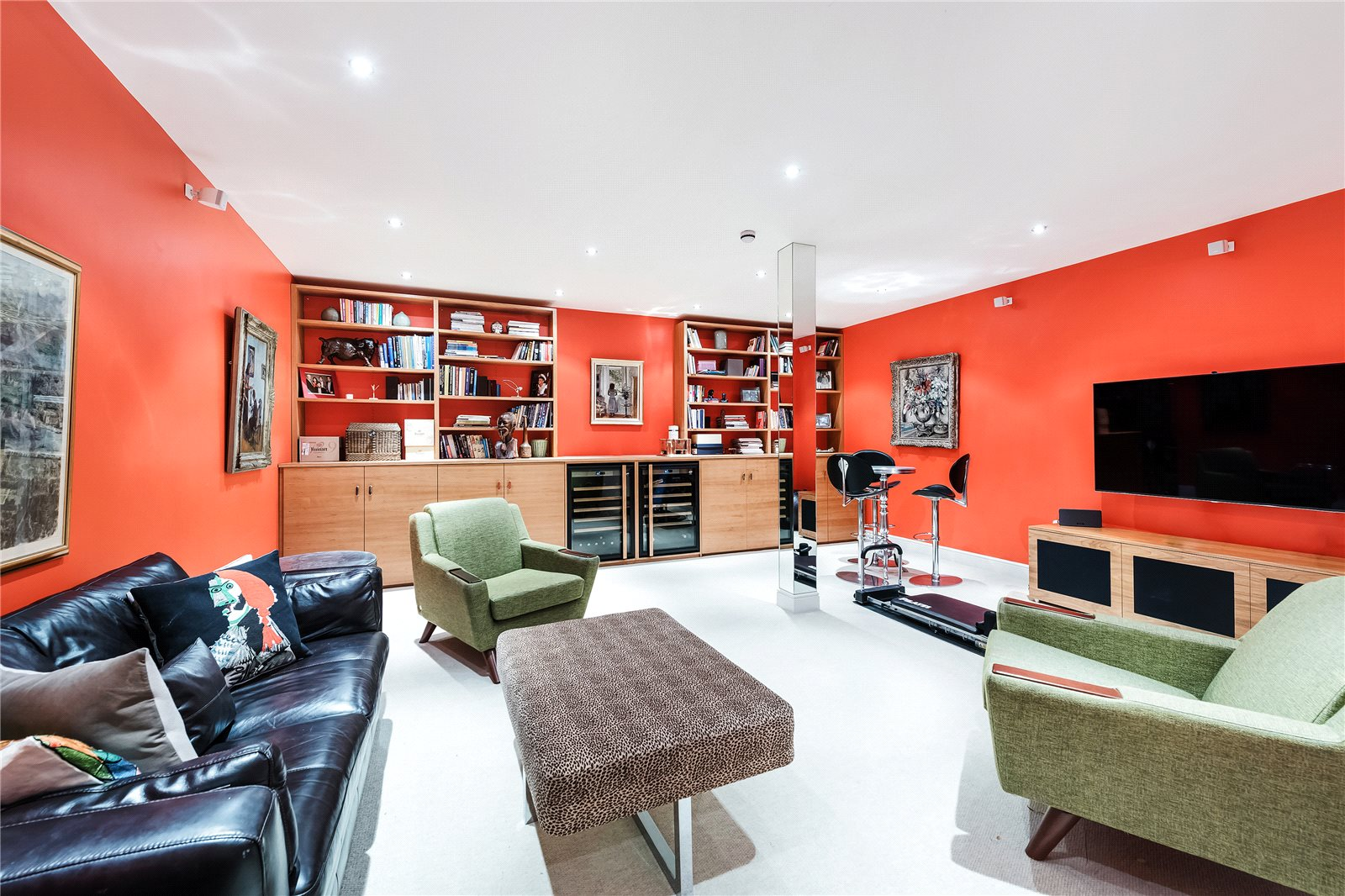 Additional photo for property listing at Petersham Mews, South Kensington, London, SW7 South Kensington, London, Inglaterra