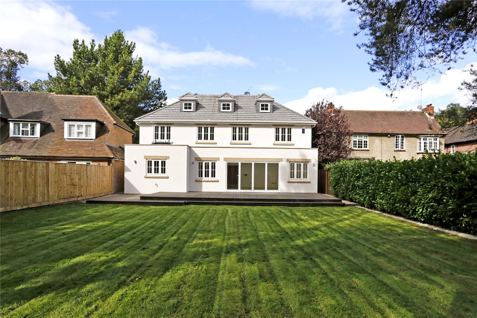 Additional photo for property listing at Windsor Road, Gerrards Cross, Buckinghamshire, SL9 Gerrards Cross, Anh Quốc