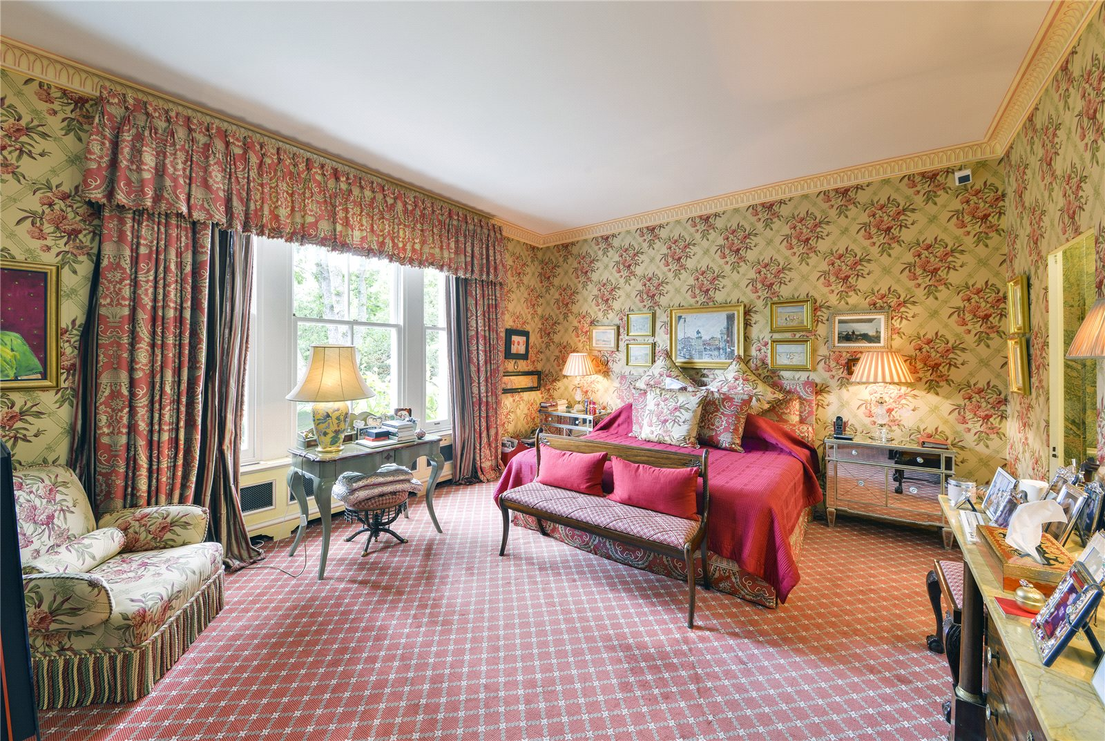 Additional photo for property listing at Phillimore Gardens, Kensington, London, W8 London, London And Vicinity England